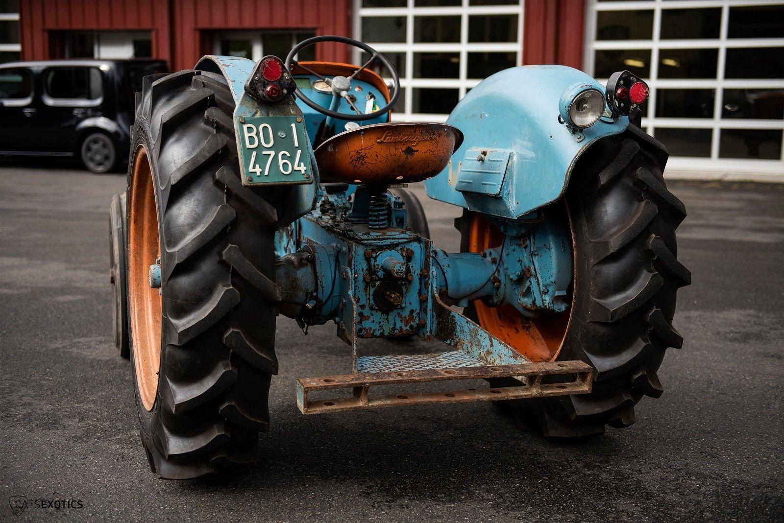 Lamborghini 2R tractor 1964 barnfind for sale (8)