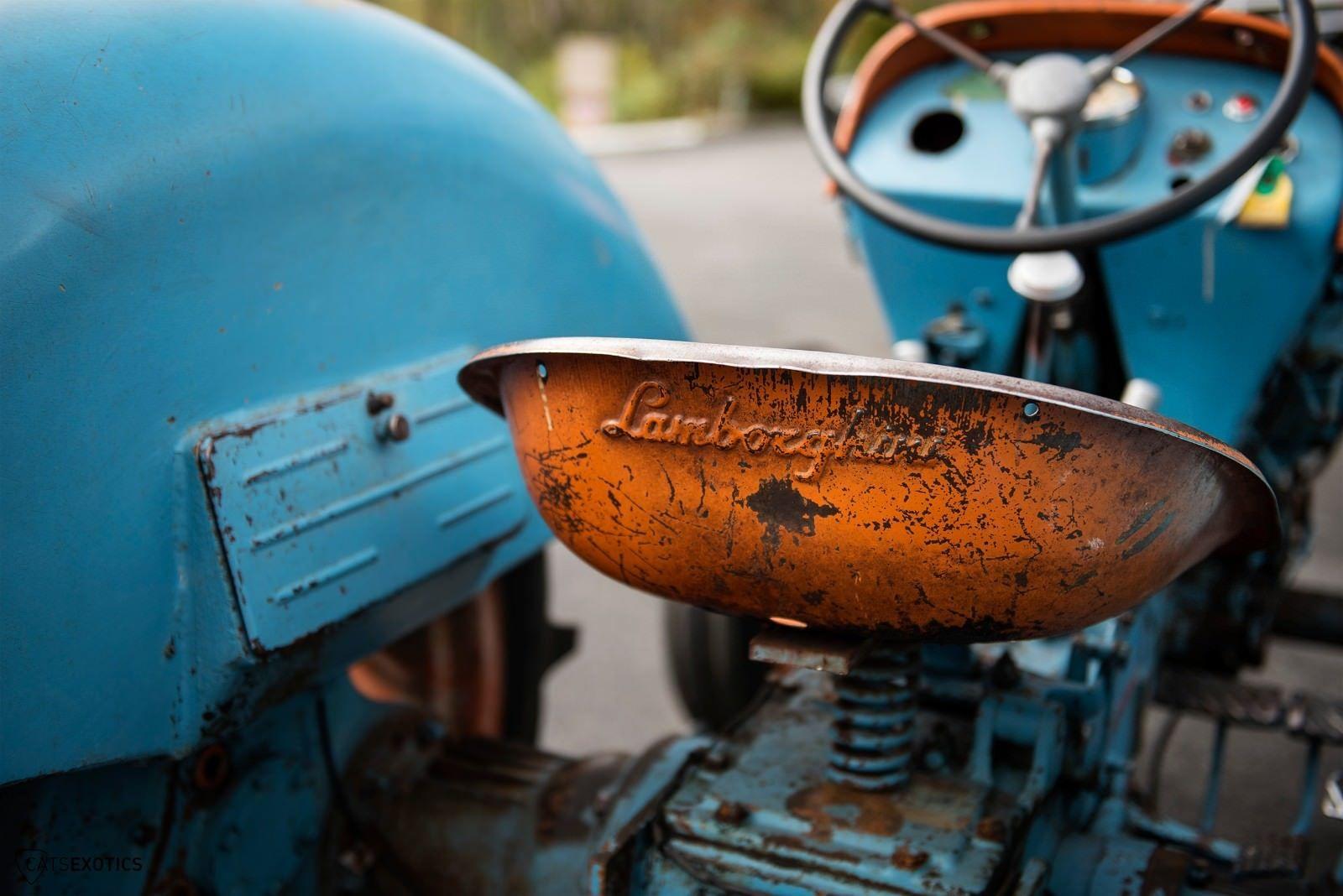 Lamborghini 2R tractor 1964 barnfind for sale (9)