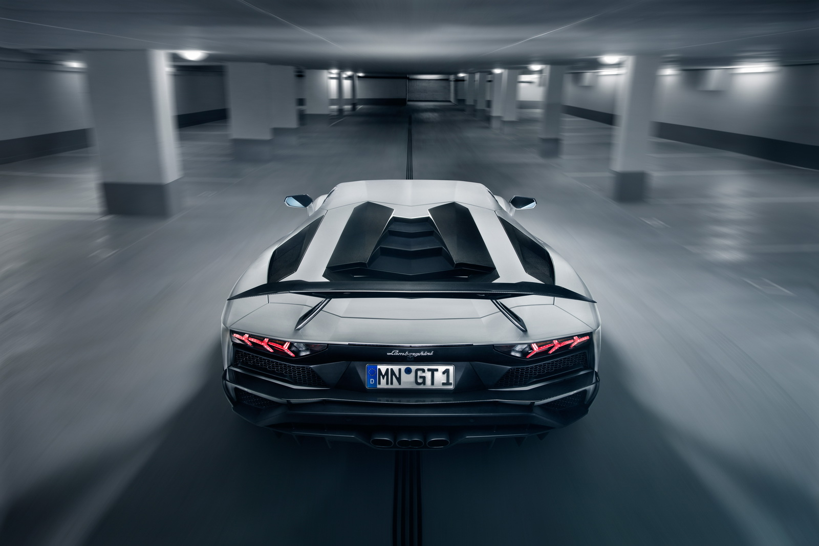 Lamborghini_Aventador_S_by_Novitec_0003