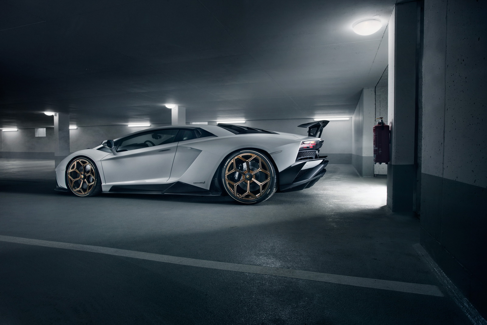 Lamborghini_Aventador_S_by_Novitec_0009