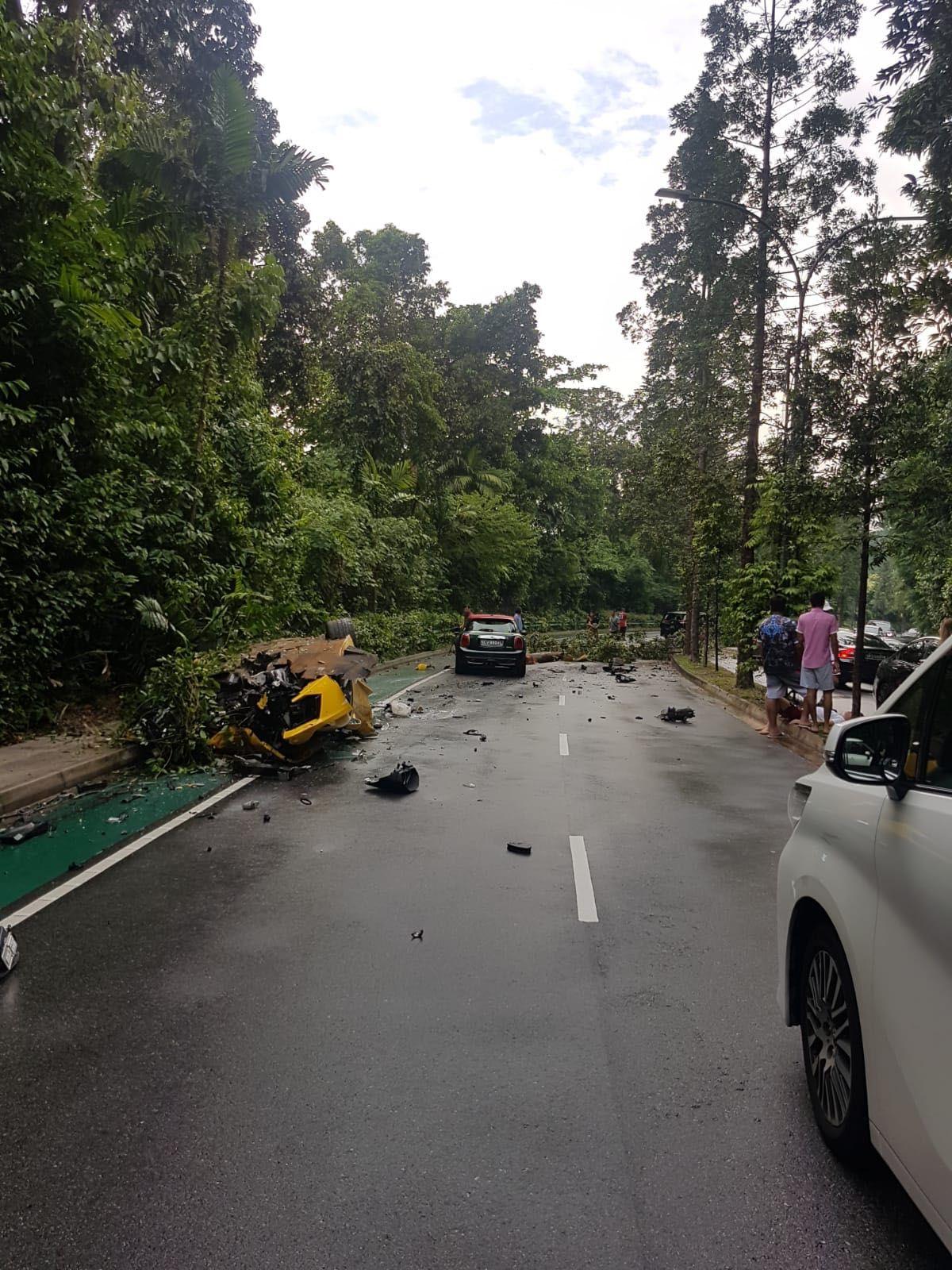 Lamborghini_Aventador_Singapore_Crash_0005