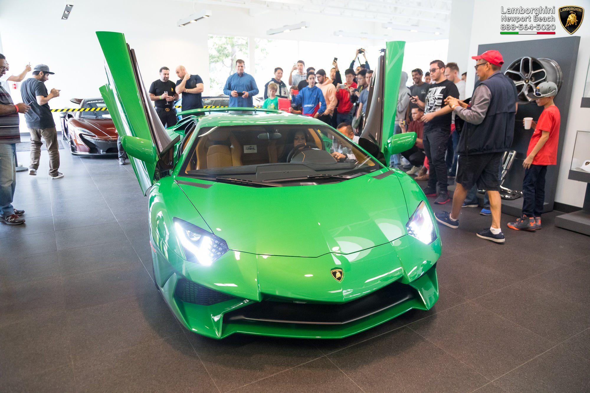 Lamborghini_Aventador_SV_Miura_SV_0001