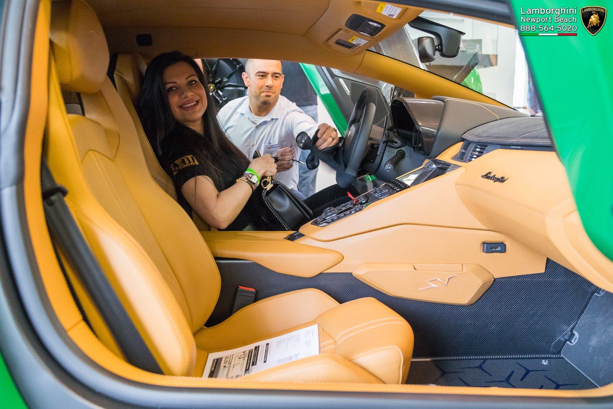Lamborghini_Aventador_SV_Miura_SV_0003