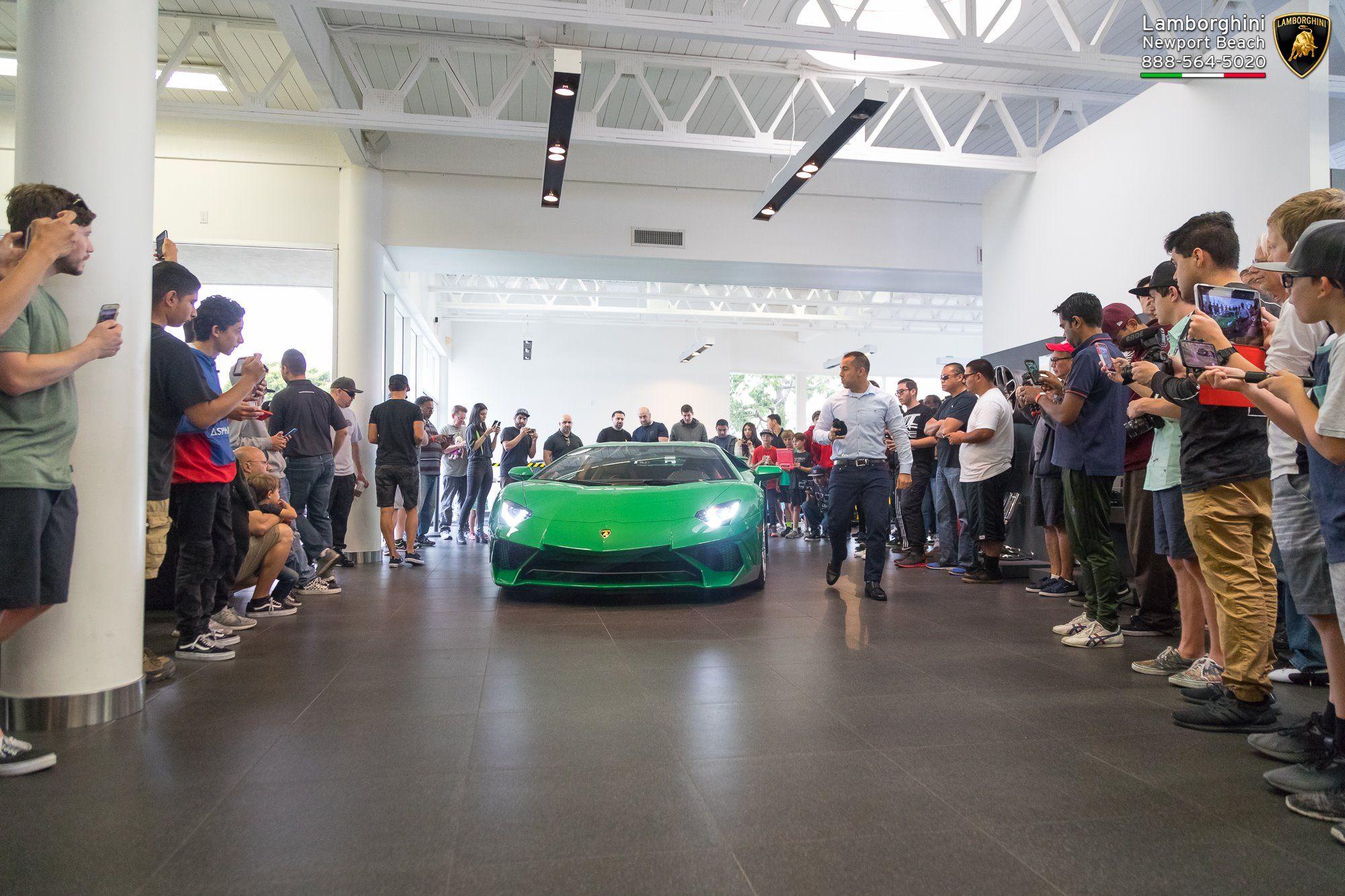 Lamborghini_Aventador_SV_Miura_SV_0004