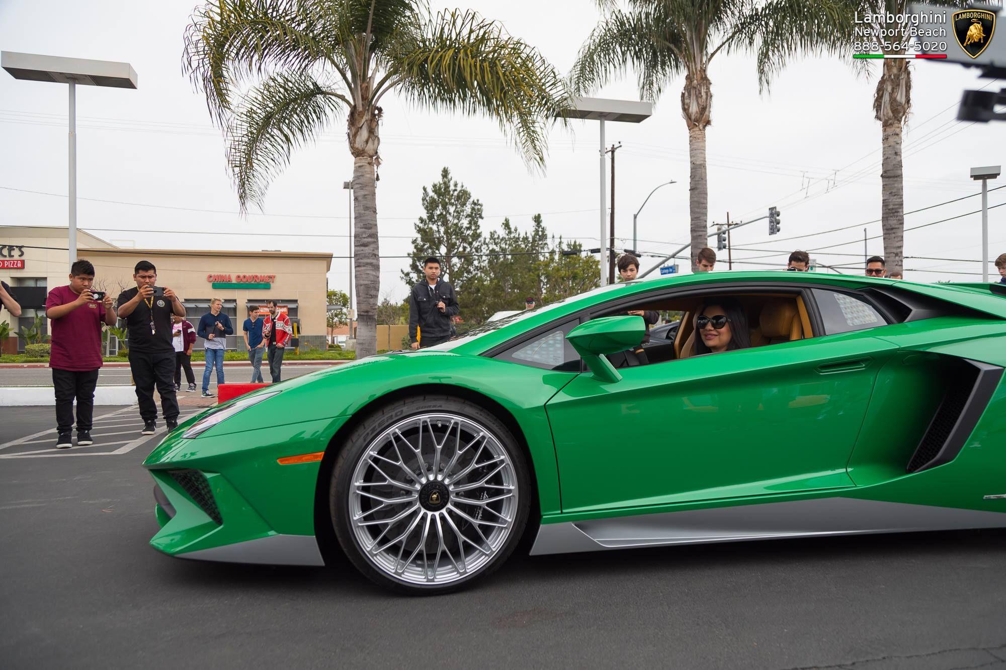 Lamborghini_Aventador_SV_Miura_SV_0006
