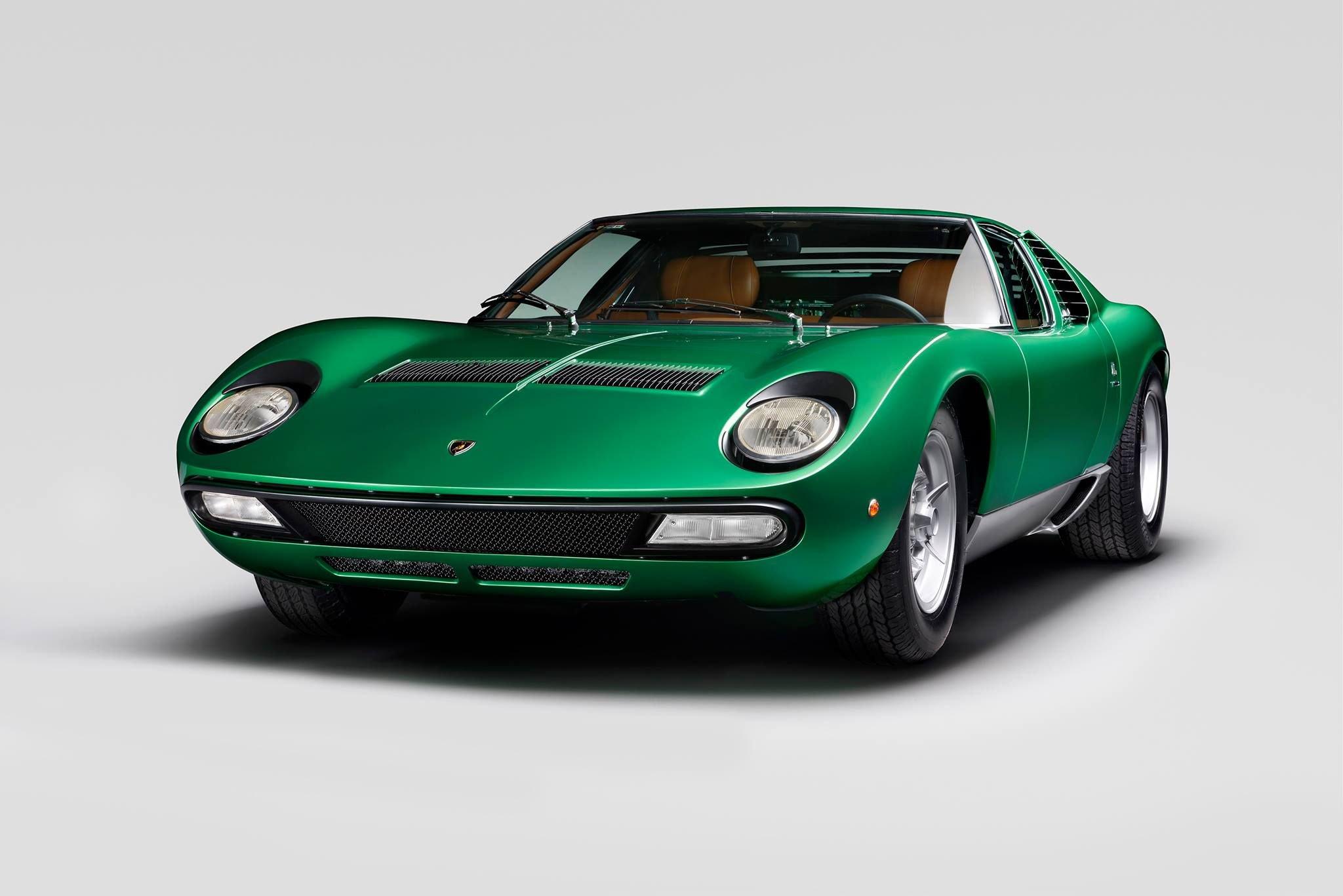 Lamborghini_Aventador_SV_Miura_SV_0008