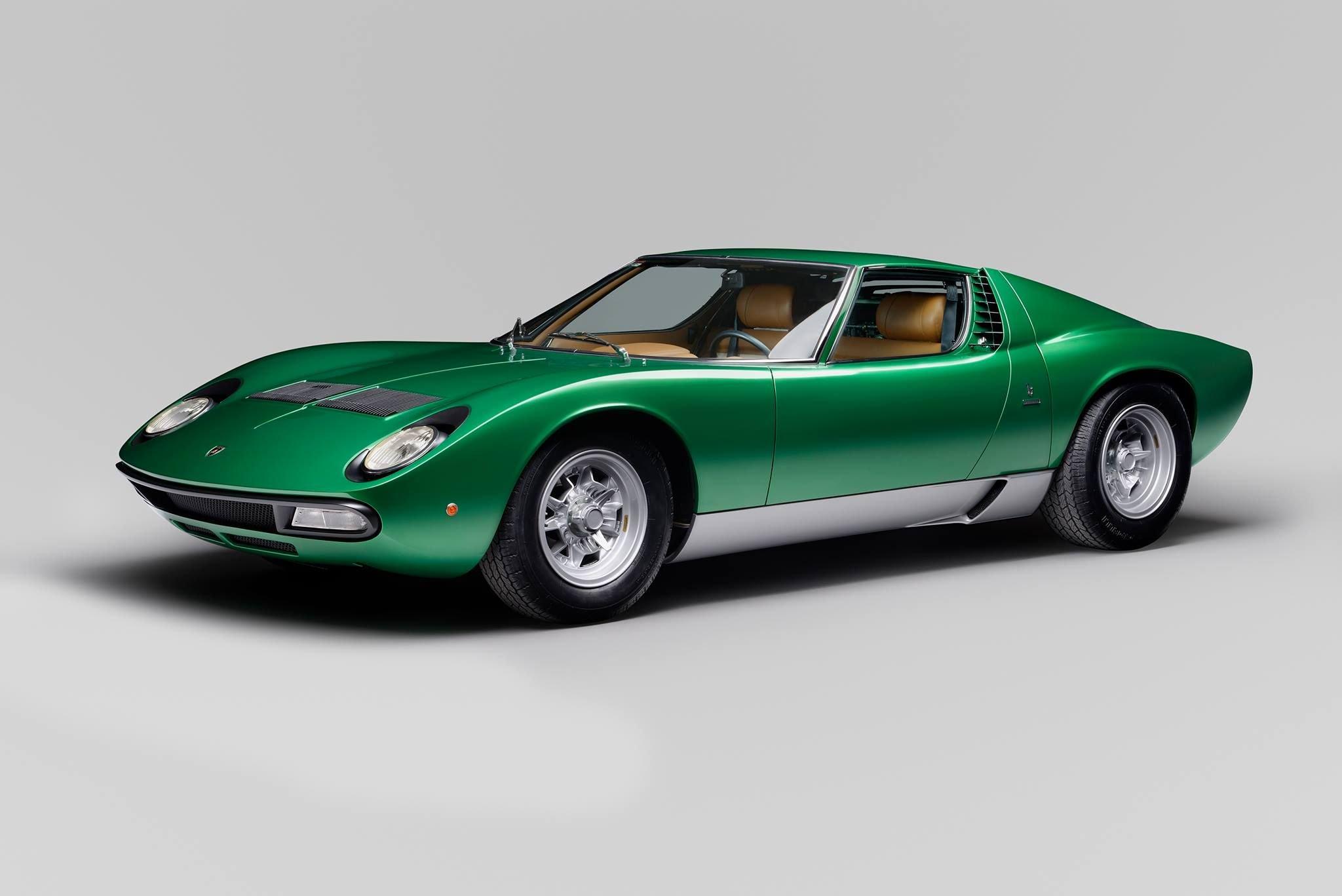 Lamborghini_Aventador_SV_Miura_SV_0009