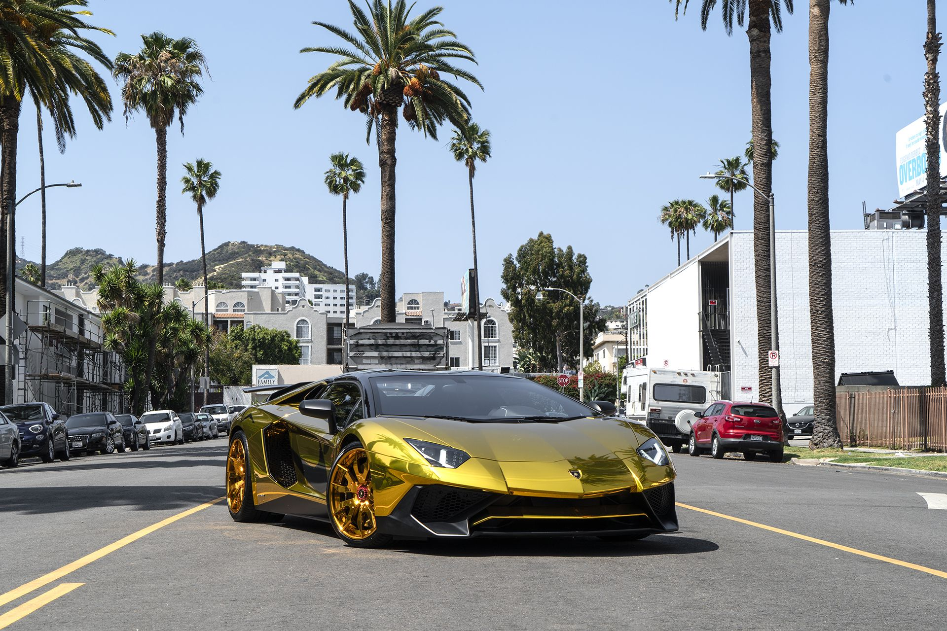 Lamborghini Aventador SV Roadster Chris Brown (1)