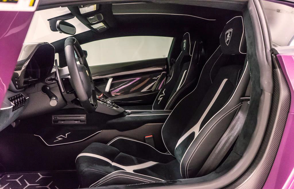 Lamborghini_Aventador_SV_Viola_SE30_0029