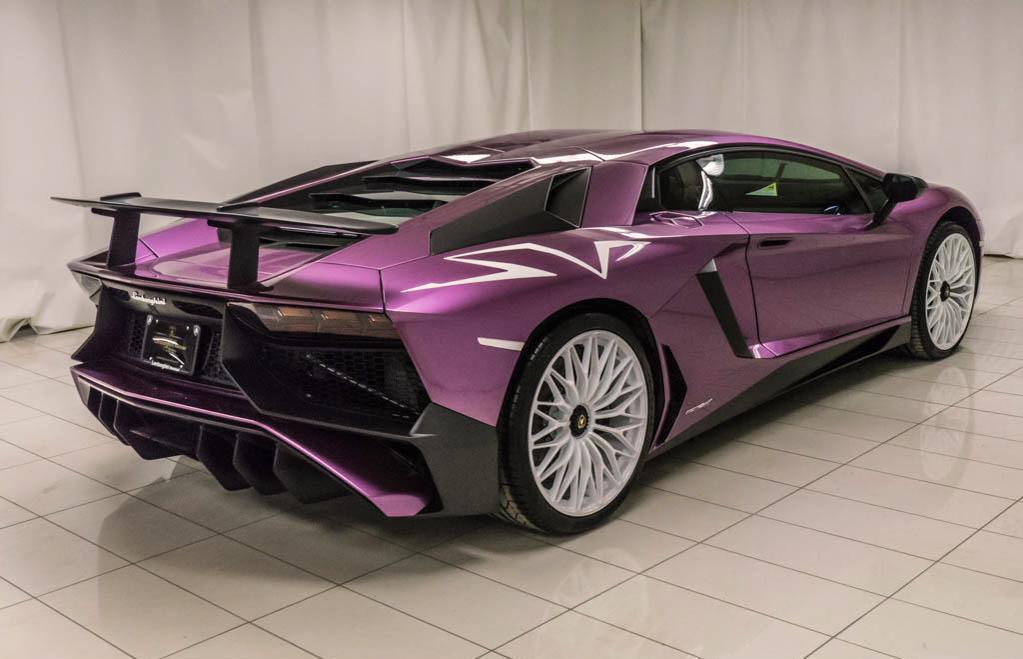Lamborghini_Aventador_SV_Viola_SE30_0030