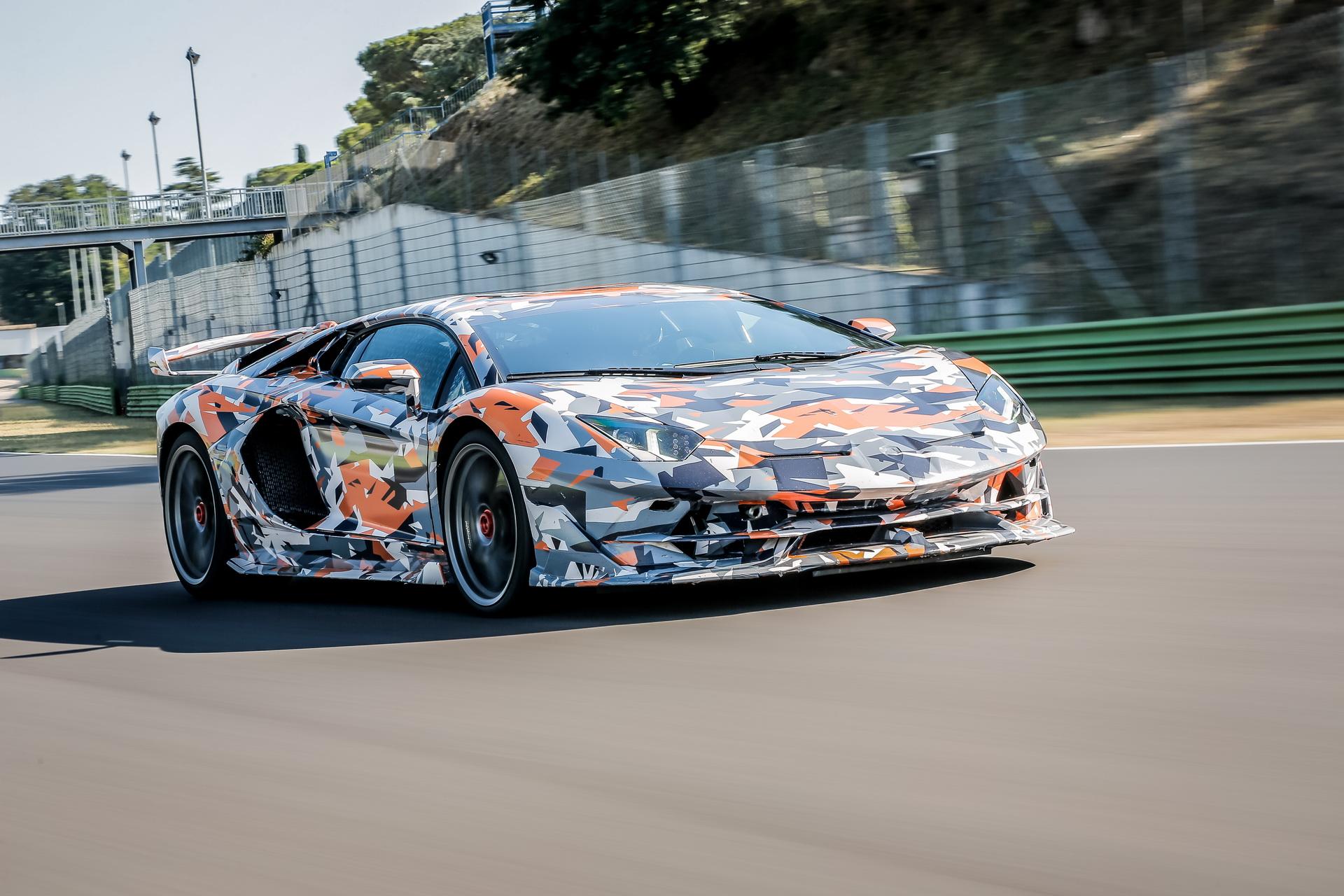 Lamborghini_Aventador_SVJ_0001