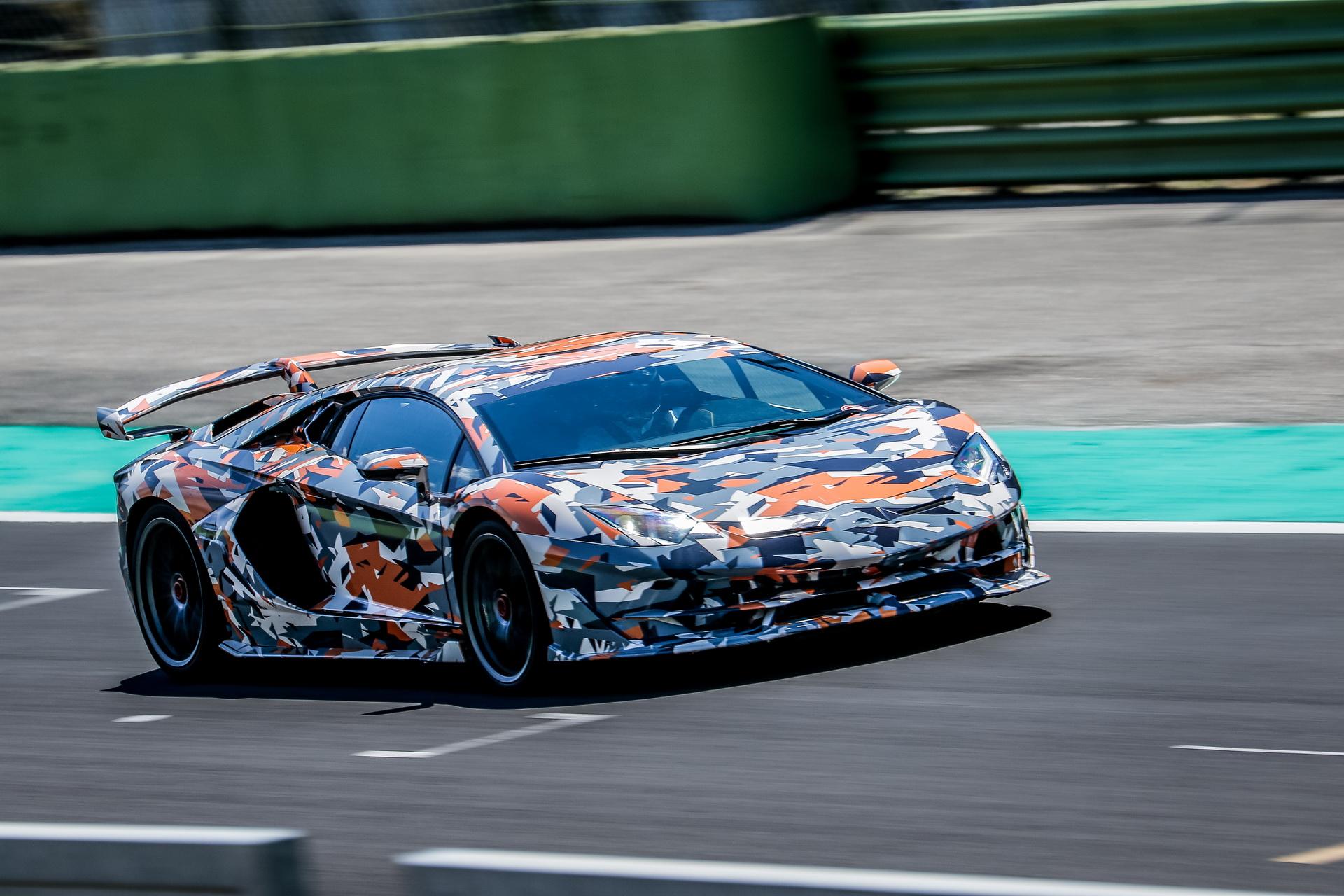 Lamborghini_Aventador_SVJ_0010