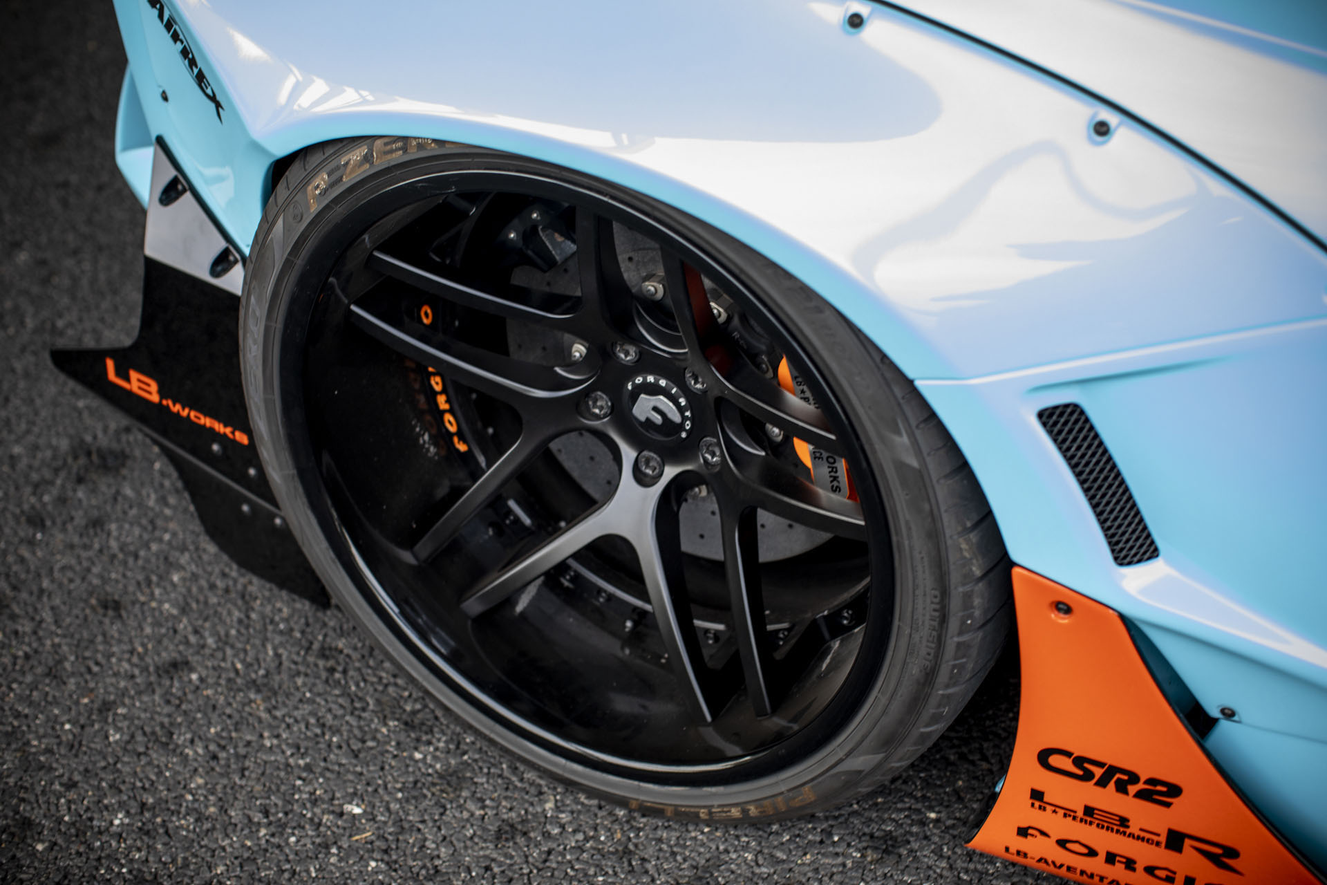 Lamborghini Aventador with Gulf Livery by Liberty Walk (7)