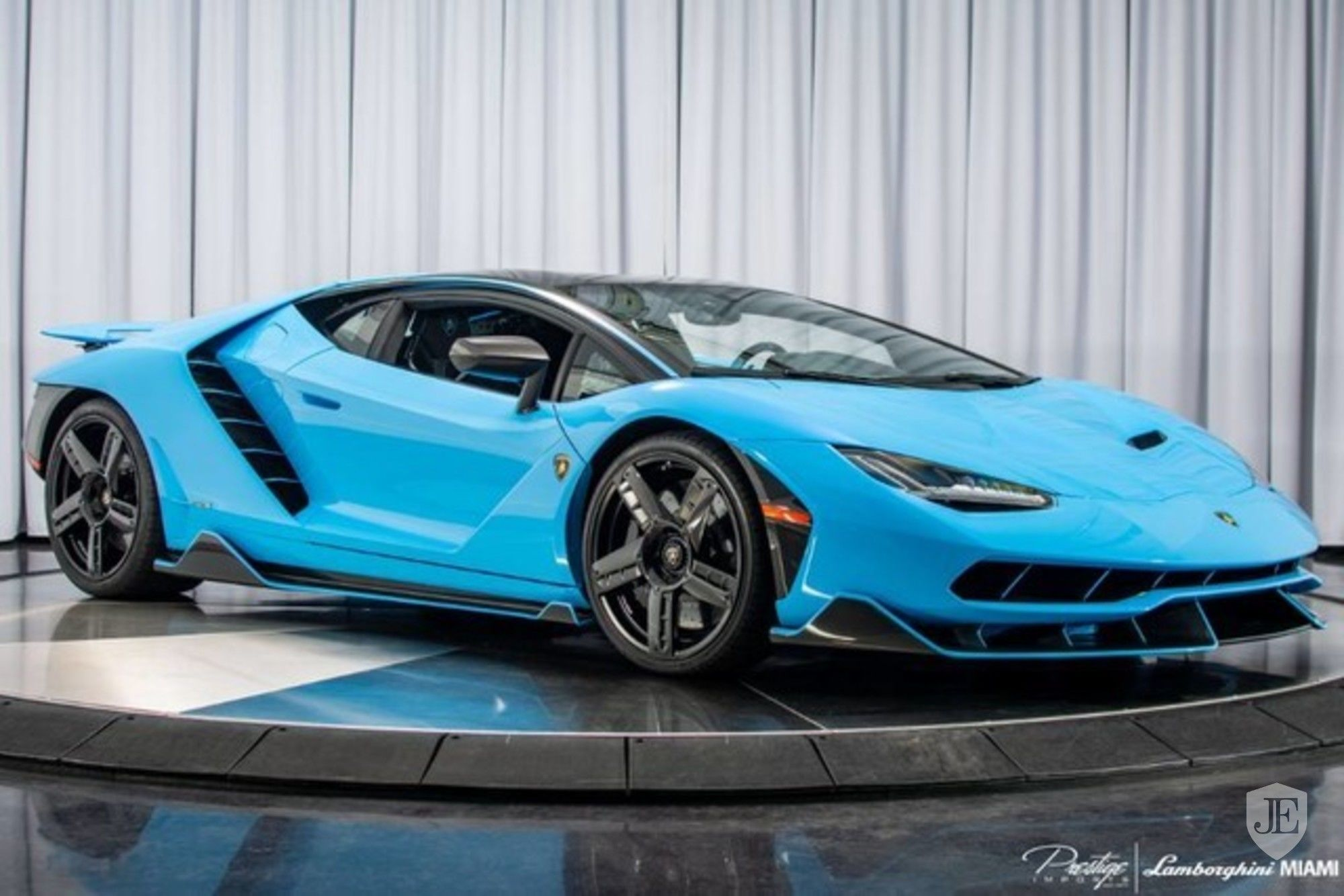 Lamborghini Centenario Coupe for sale (1)
