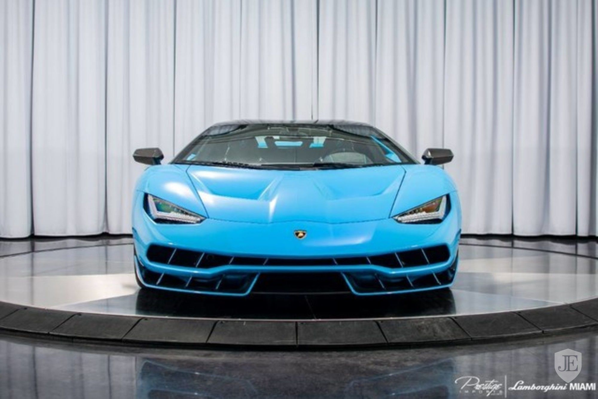 Lamborghini Centenario Coupe for sale (2)