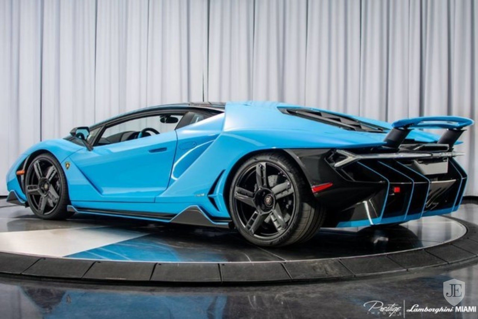 Lamborghini Centenario Coupe for sale (3)