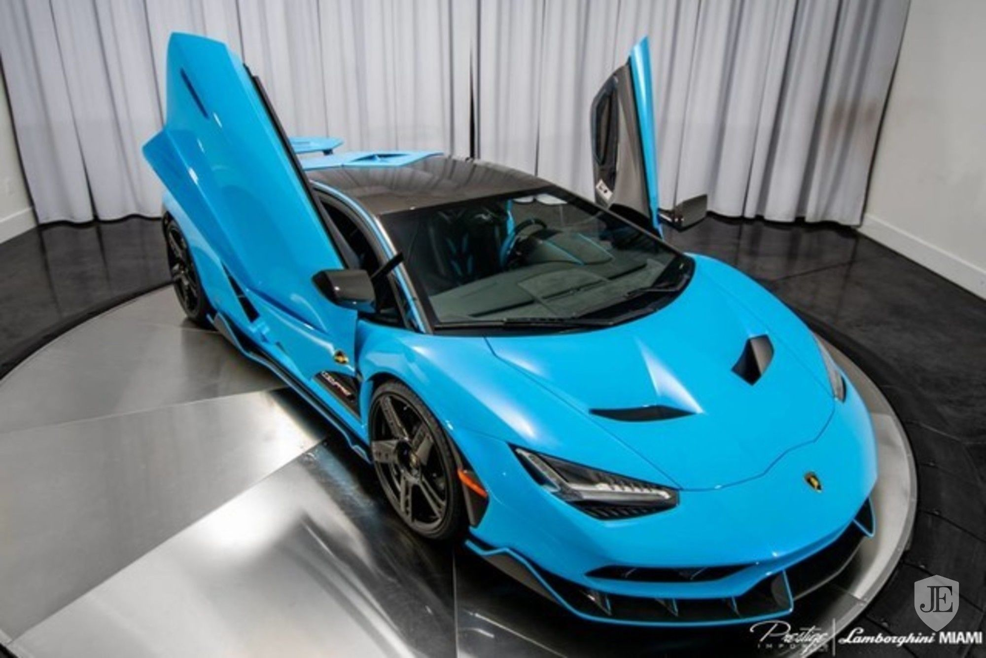 Lamborghini Centenario Coupe for sale (6)