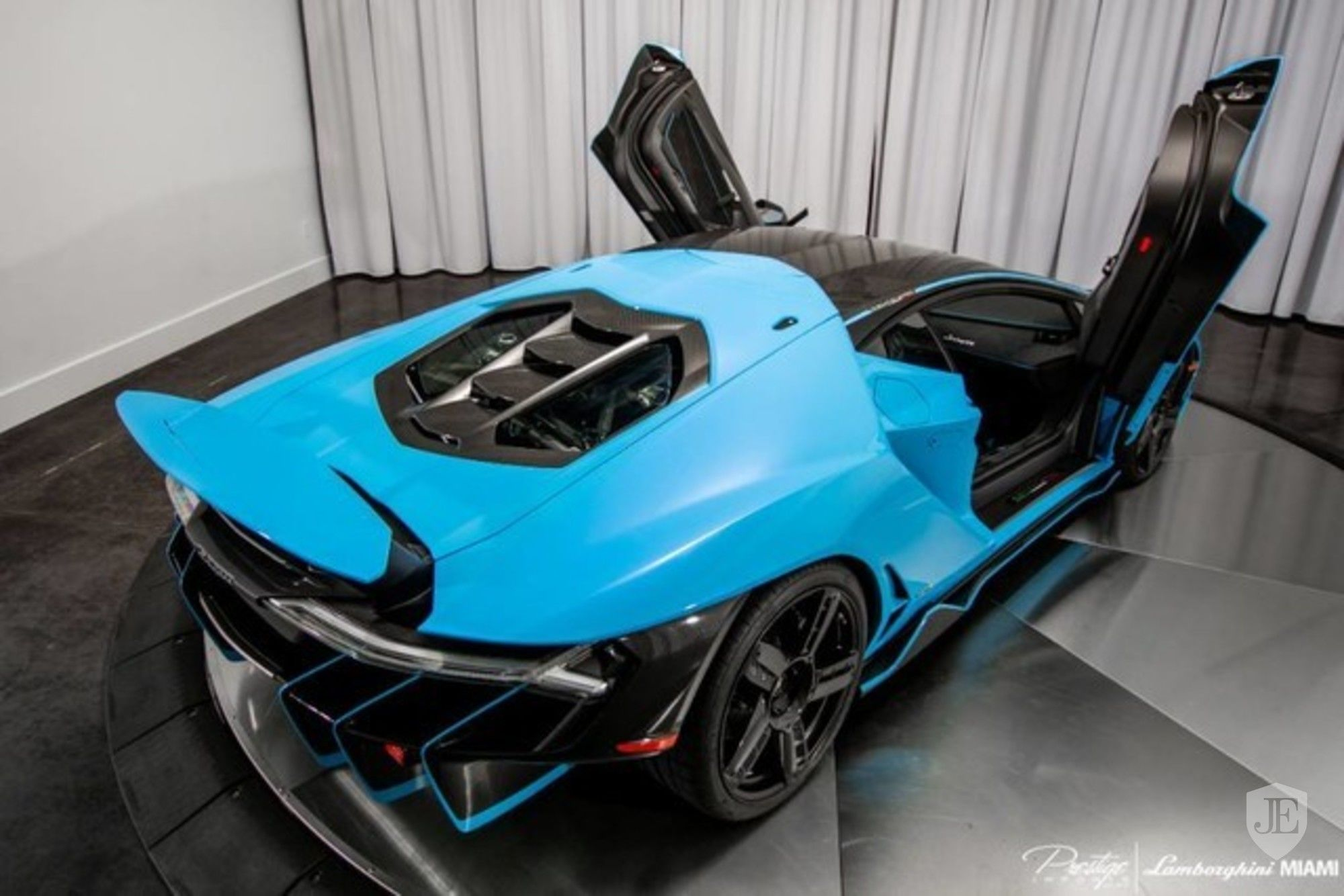 Lamborghini Centenario Coupe for sale (9)