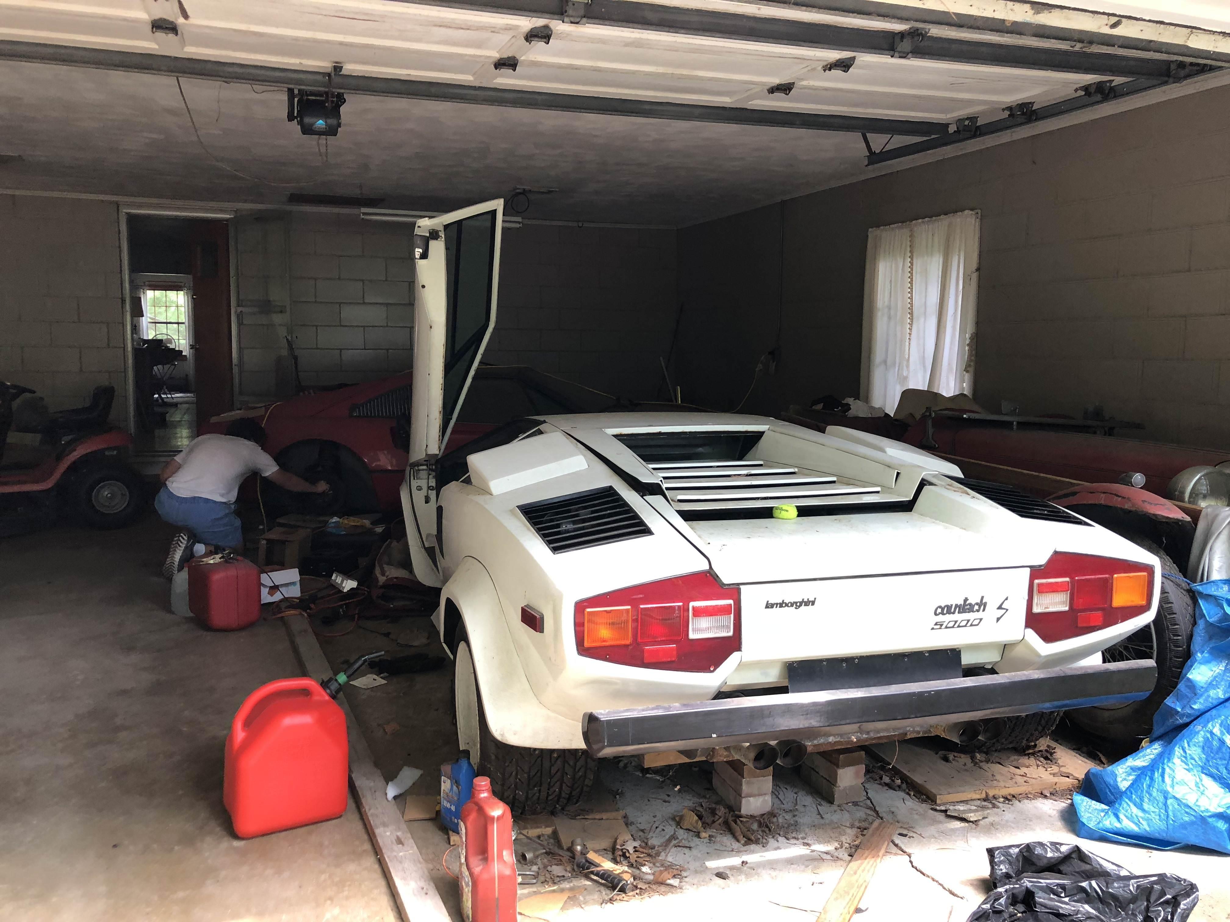 Lamborghini Countach and Ferrari 308 barnfind 5