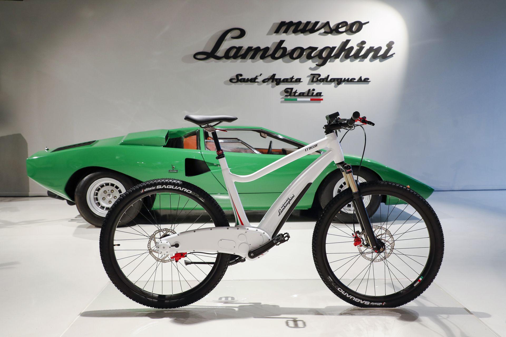 Lamborghini_ebikes_0000