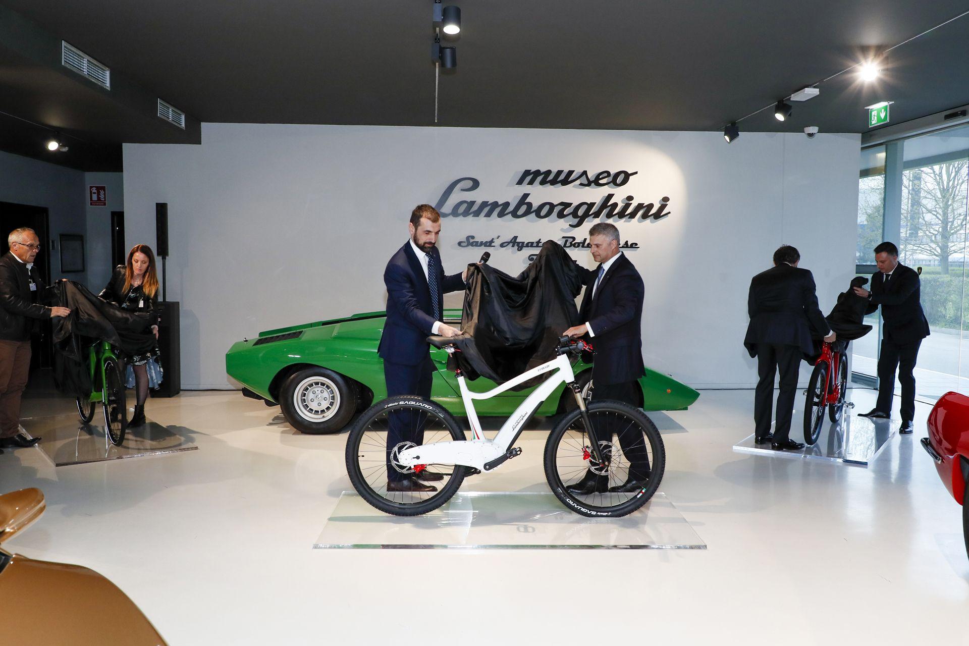 Lamborghini_ebikes_0001