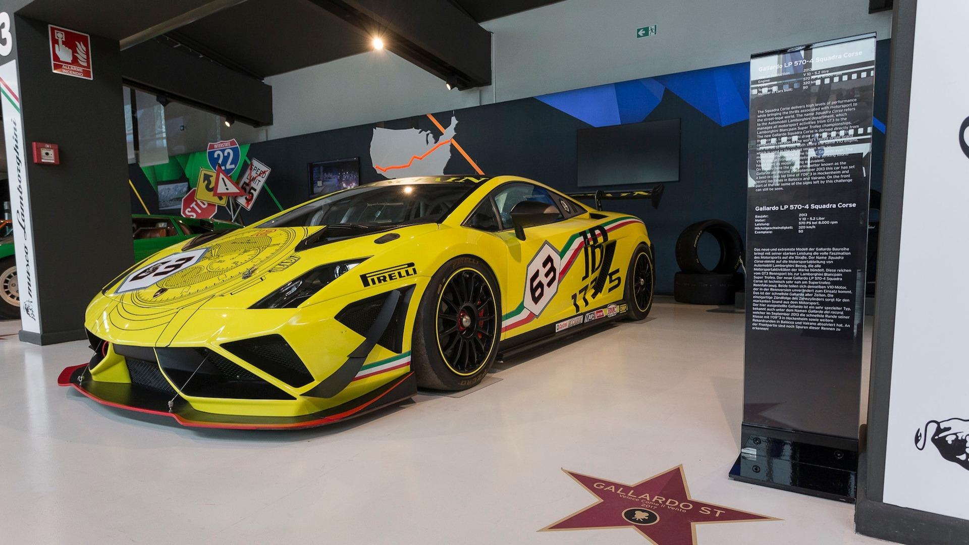 Lamborghini Hollywood Walk Of Fame (10)