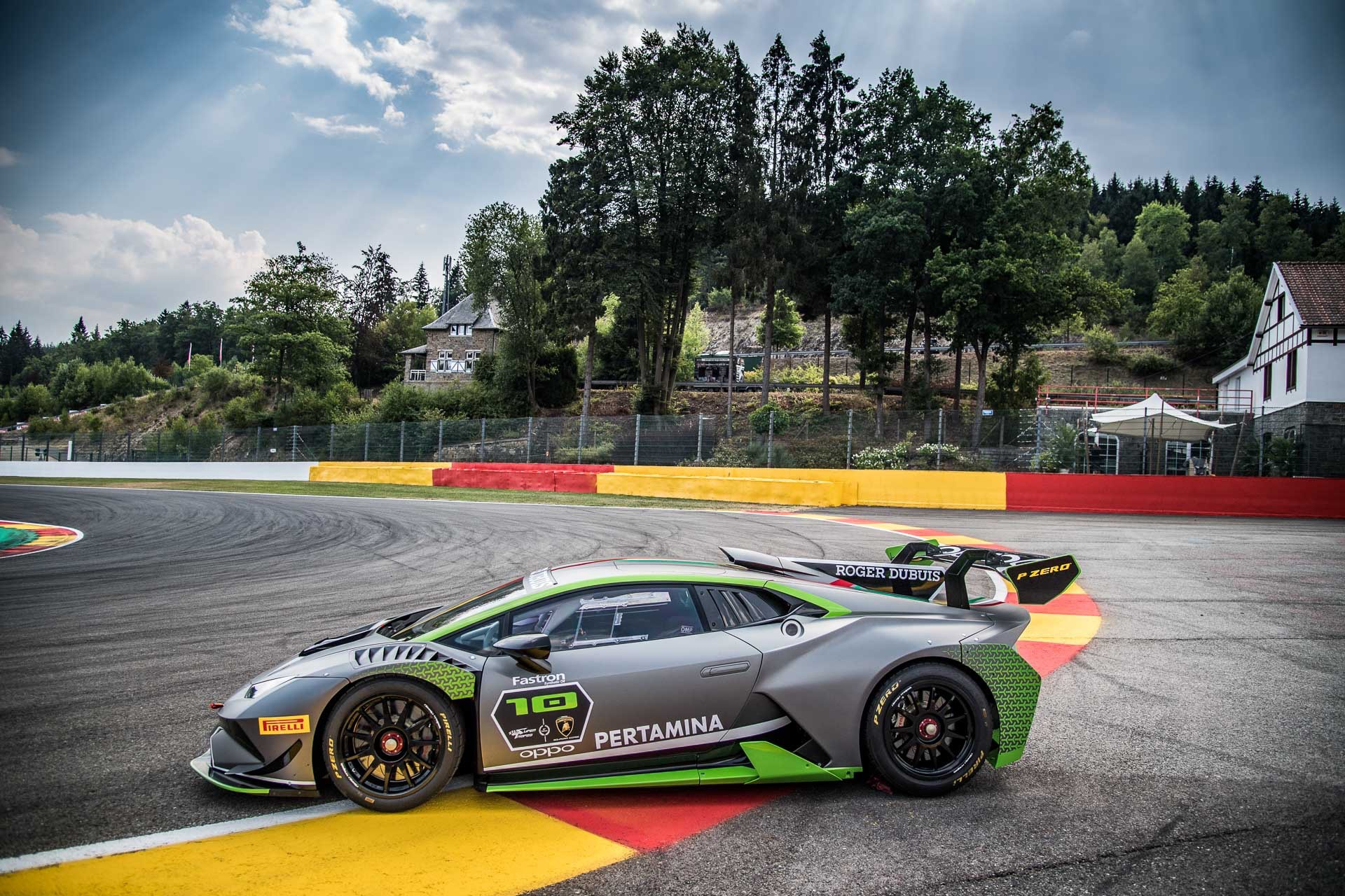 Lamborghini_Huracan_Super_Trofeo_Evo_10th_Edition_0005