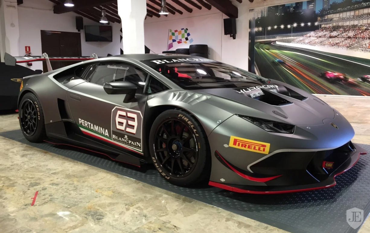 Lamborghini Huracan Super Trofeo for sale (5)