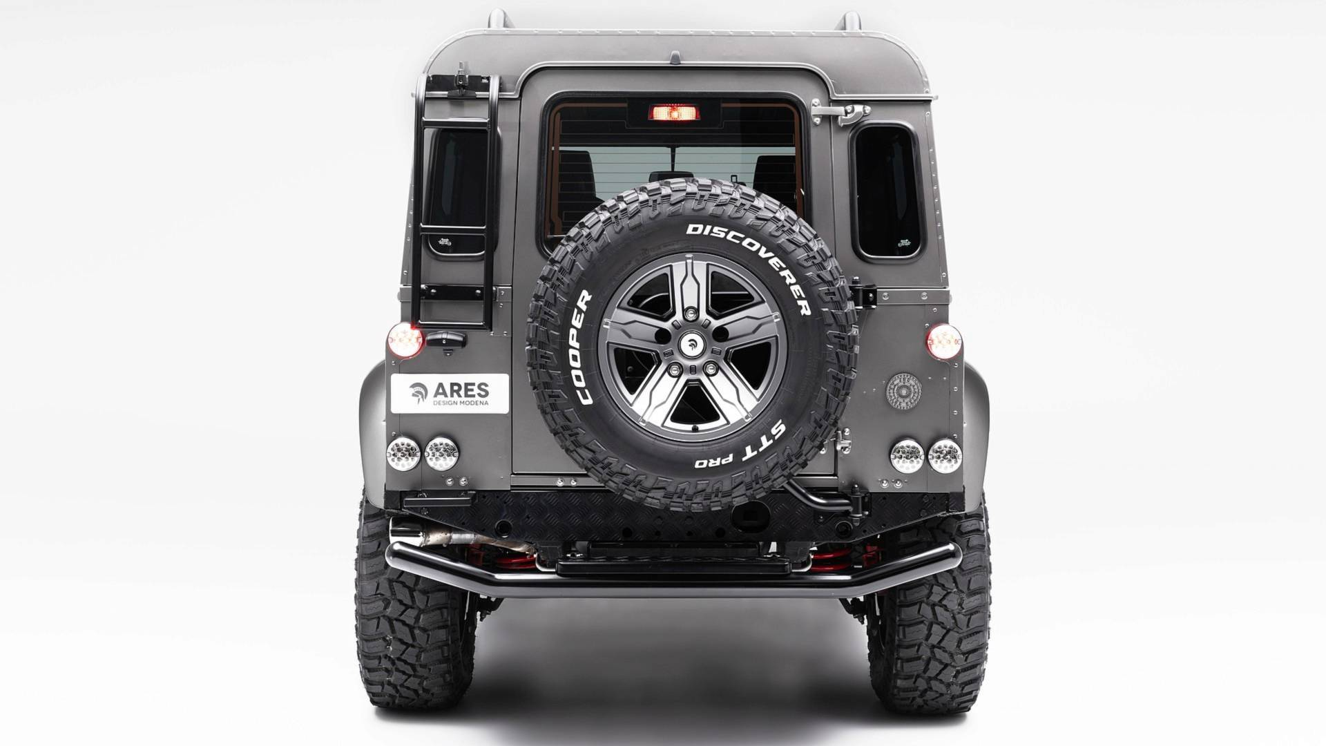ares-design-for-land-rover-defender (13)