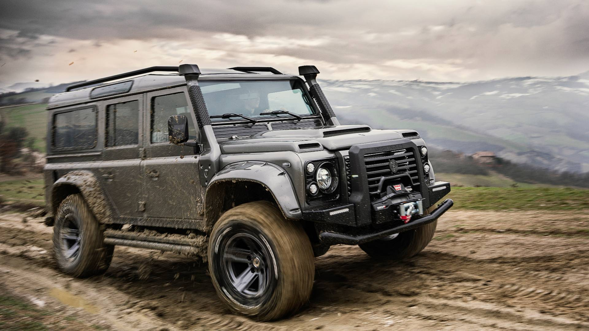 ares-design-for-land-rover-defender (25)