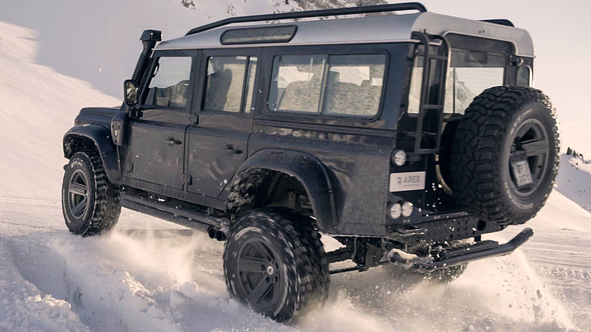 ares-design-for-land-rover-defender (3)