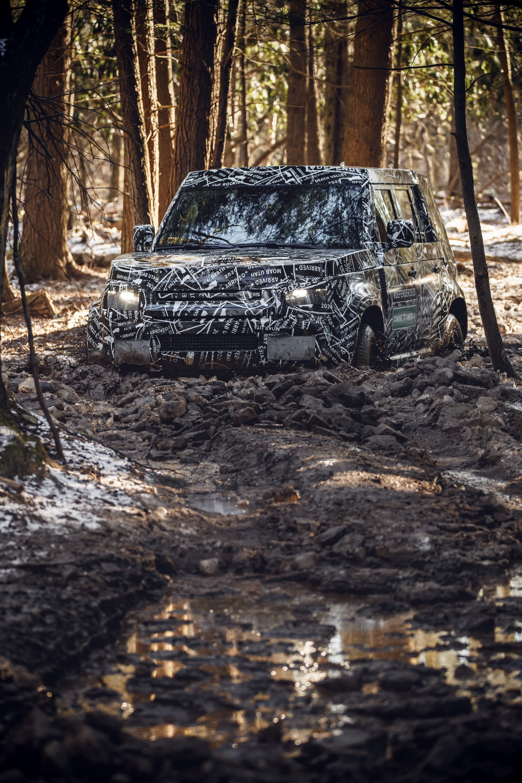 Land_Rover_Defender_tests_0014