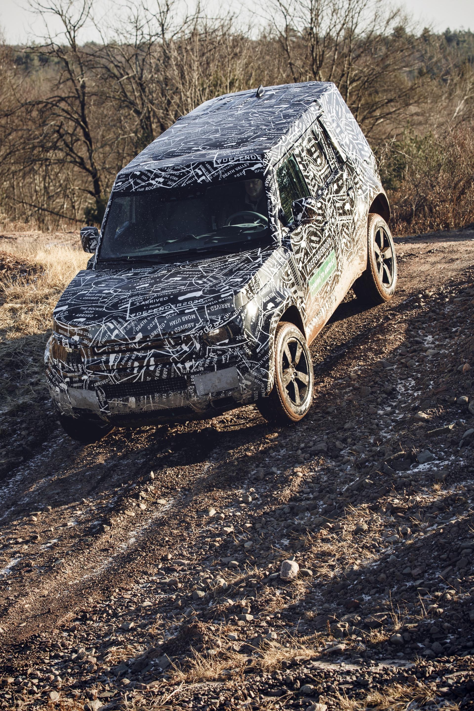 Land_Rover_Defender_tests_0026