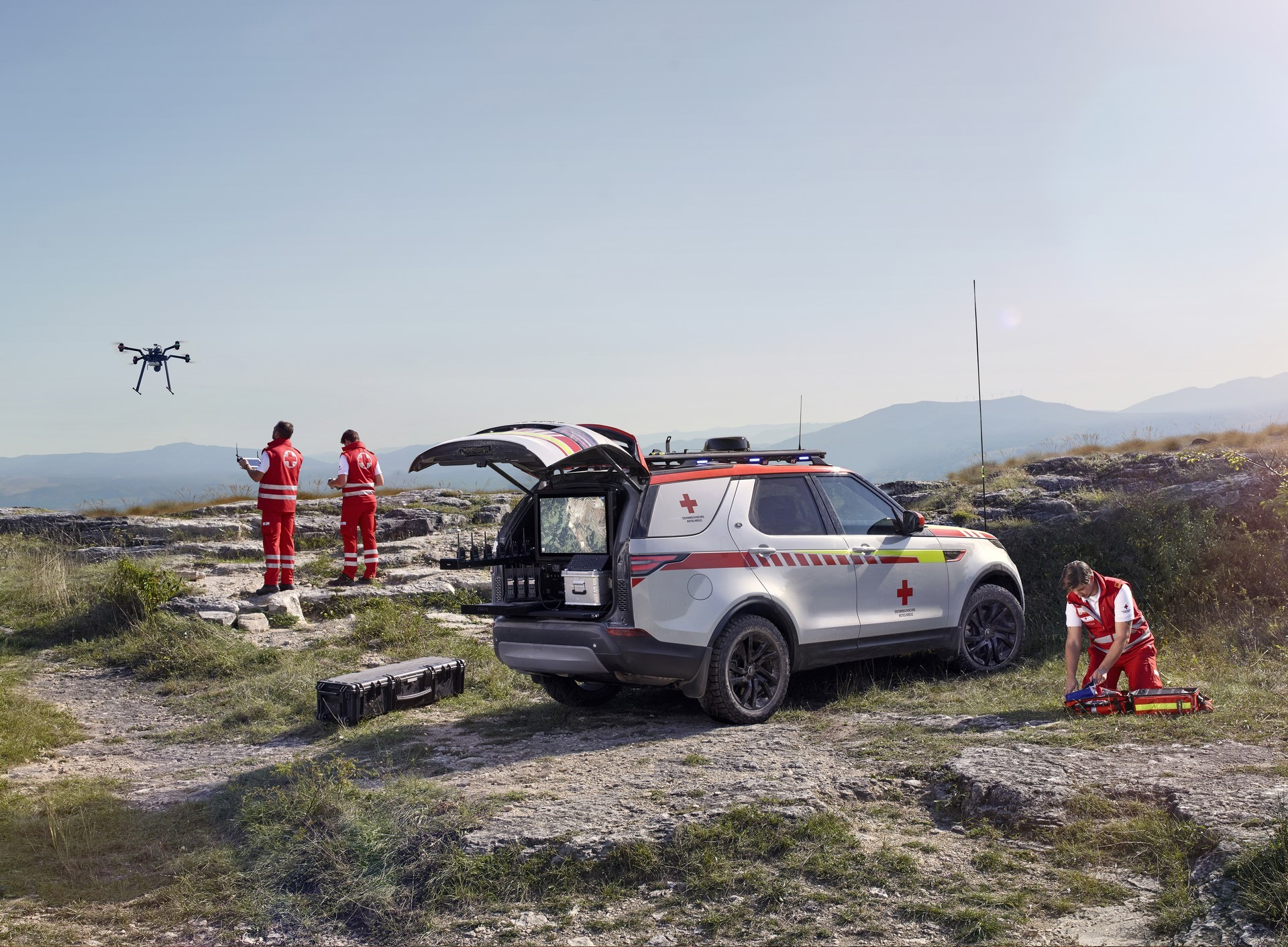Land Rover Discovery Emergency Vehicle (16)