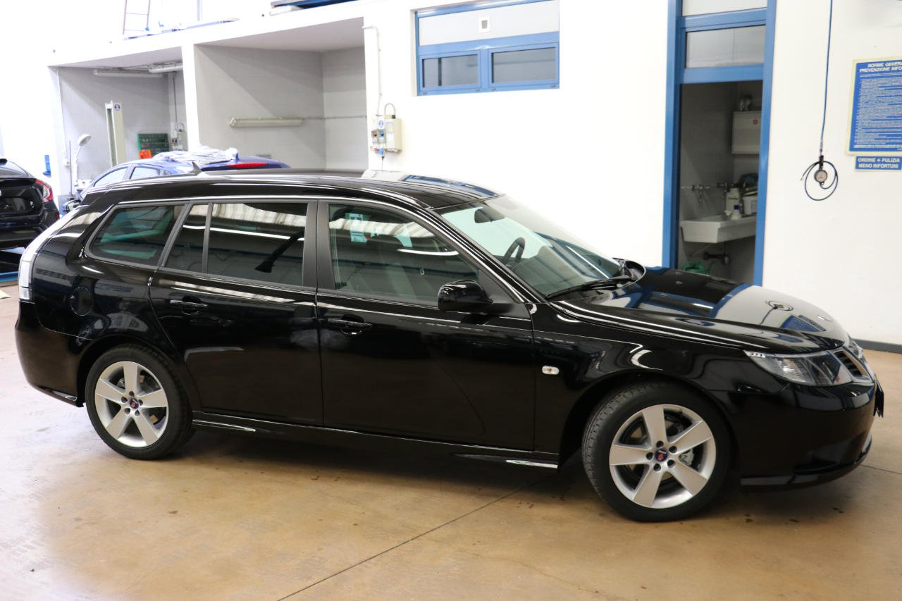 Last Saab 9-3 Wagon for sale (3)