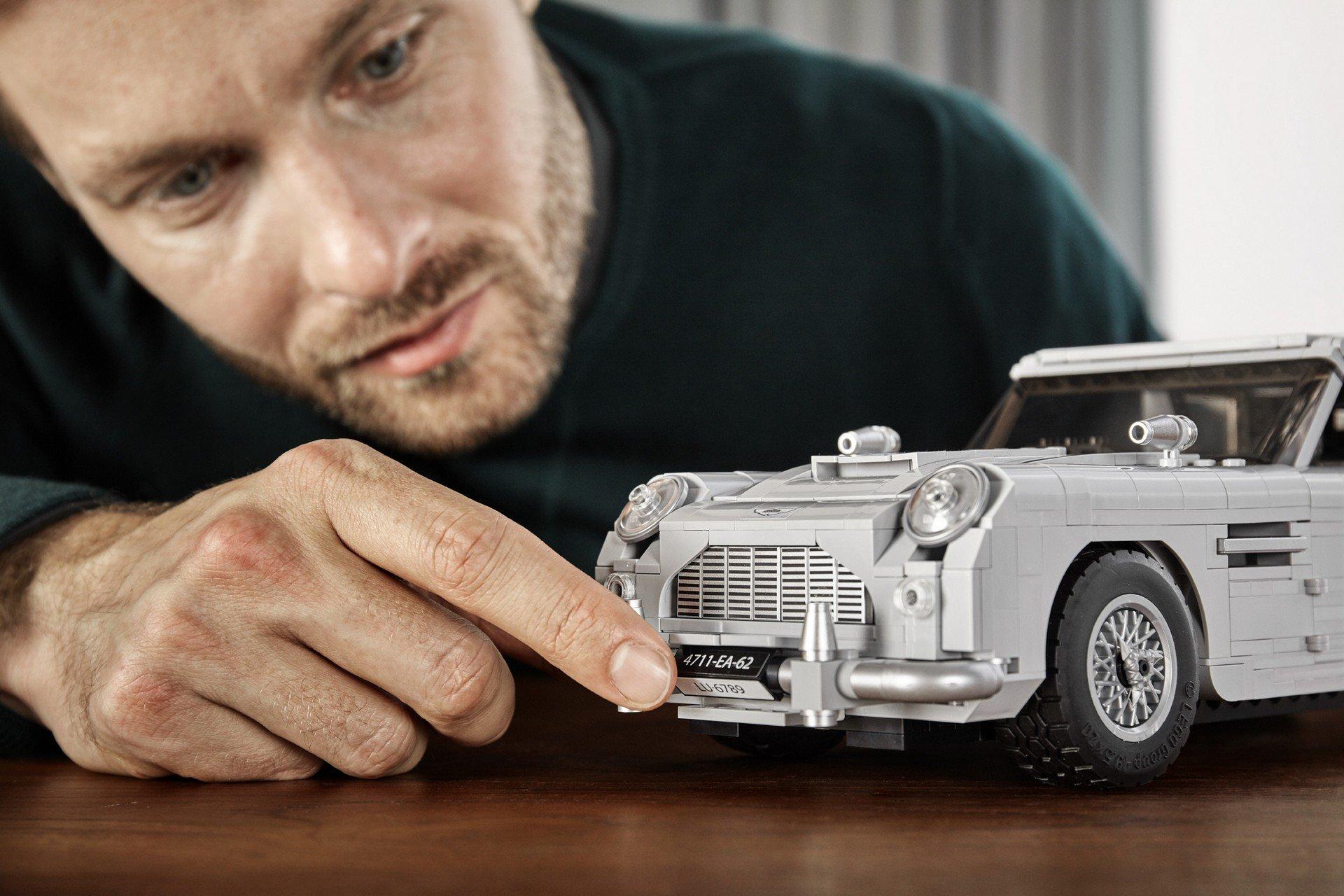 Lego Aston Martin DB5 (10)