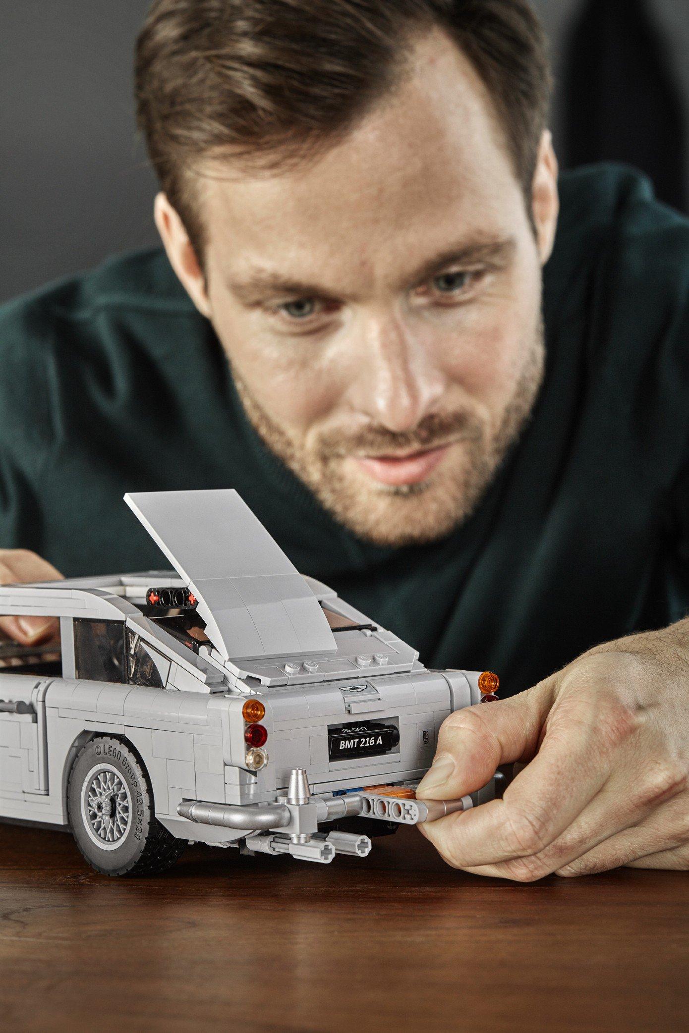 Lego Aston Martin DB5 (12)