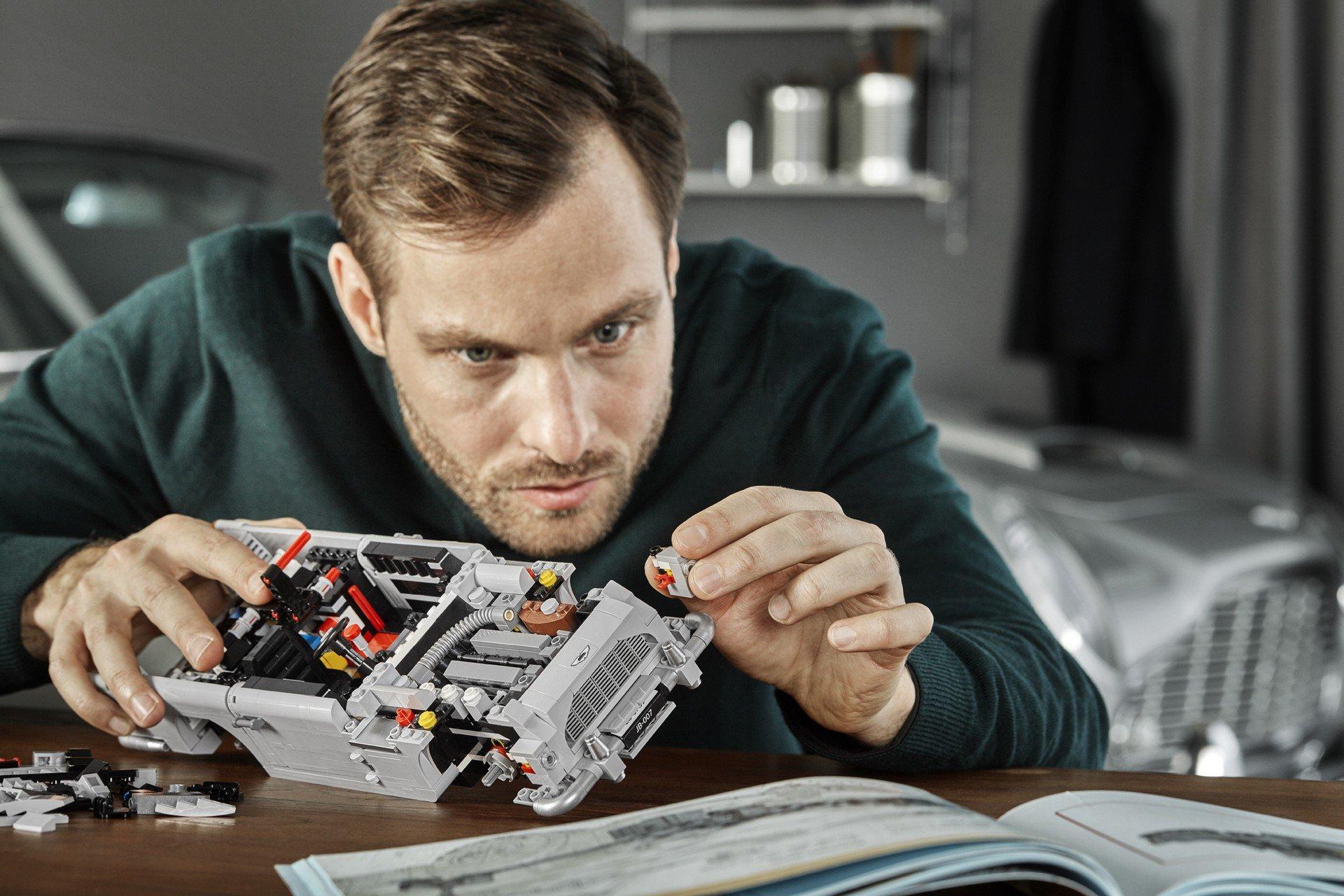 Lego Aston Martin DB5 (16)