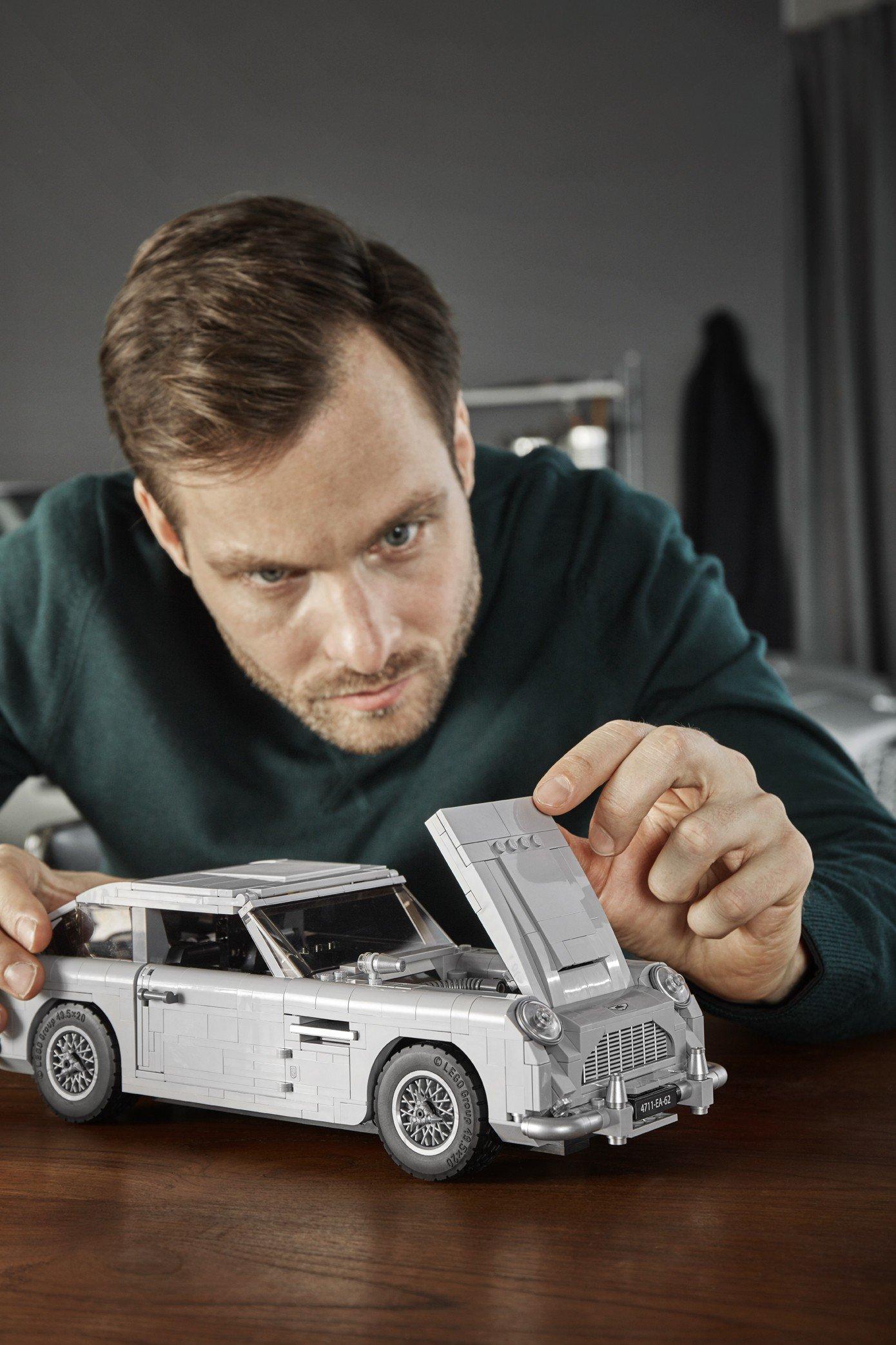 Lego Aston Martin DB5 (17)