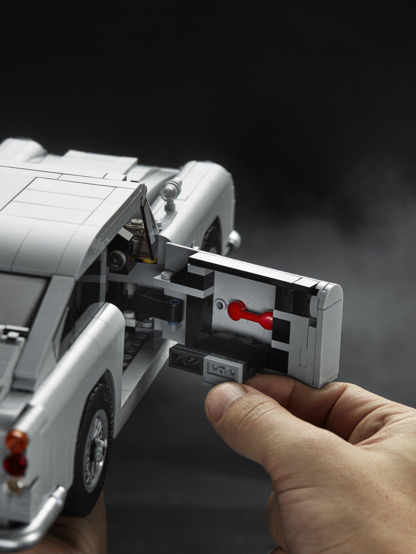 Lego Aston Martin DB5 (25)