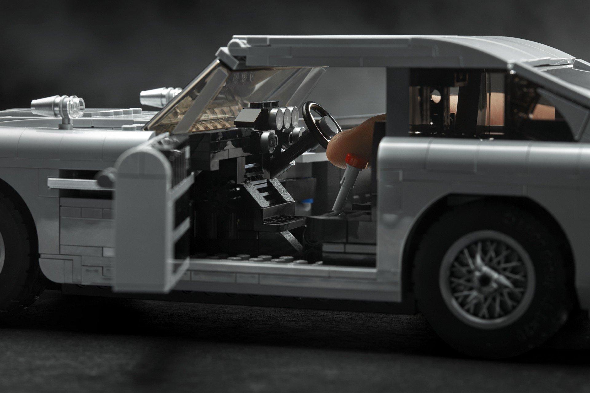 Lego Aston Martin DB5 (30)