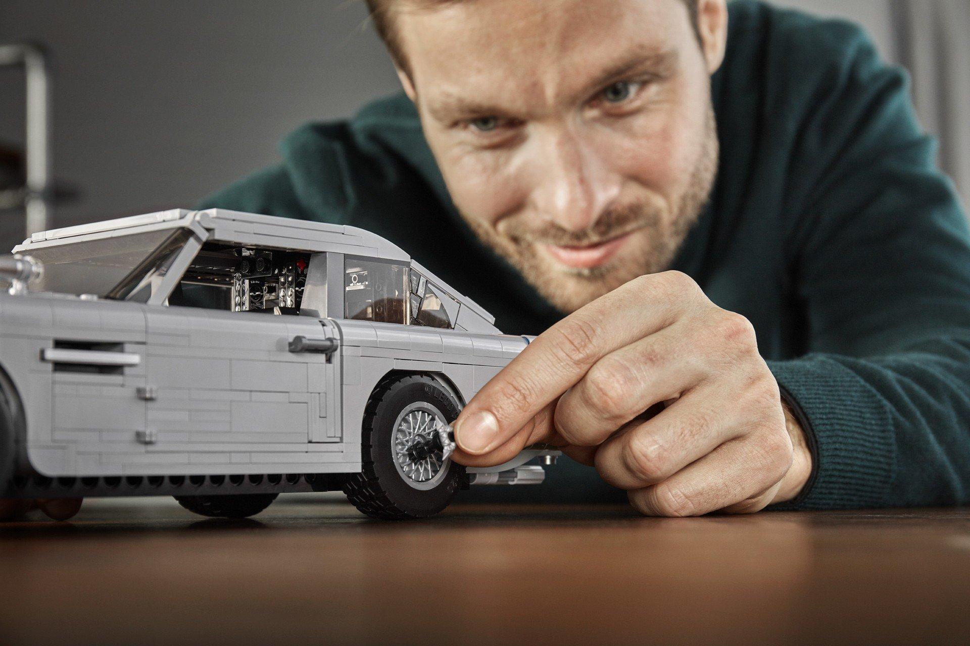 Lego Aston Martin DB5 (4)