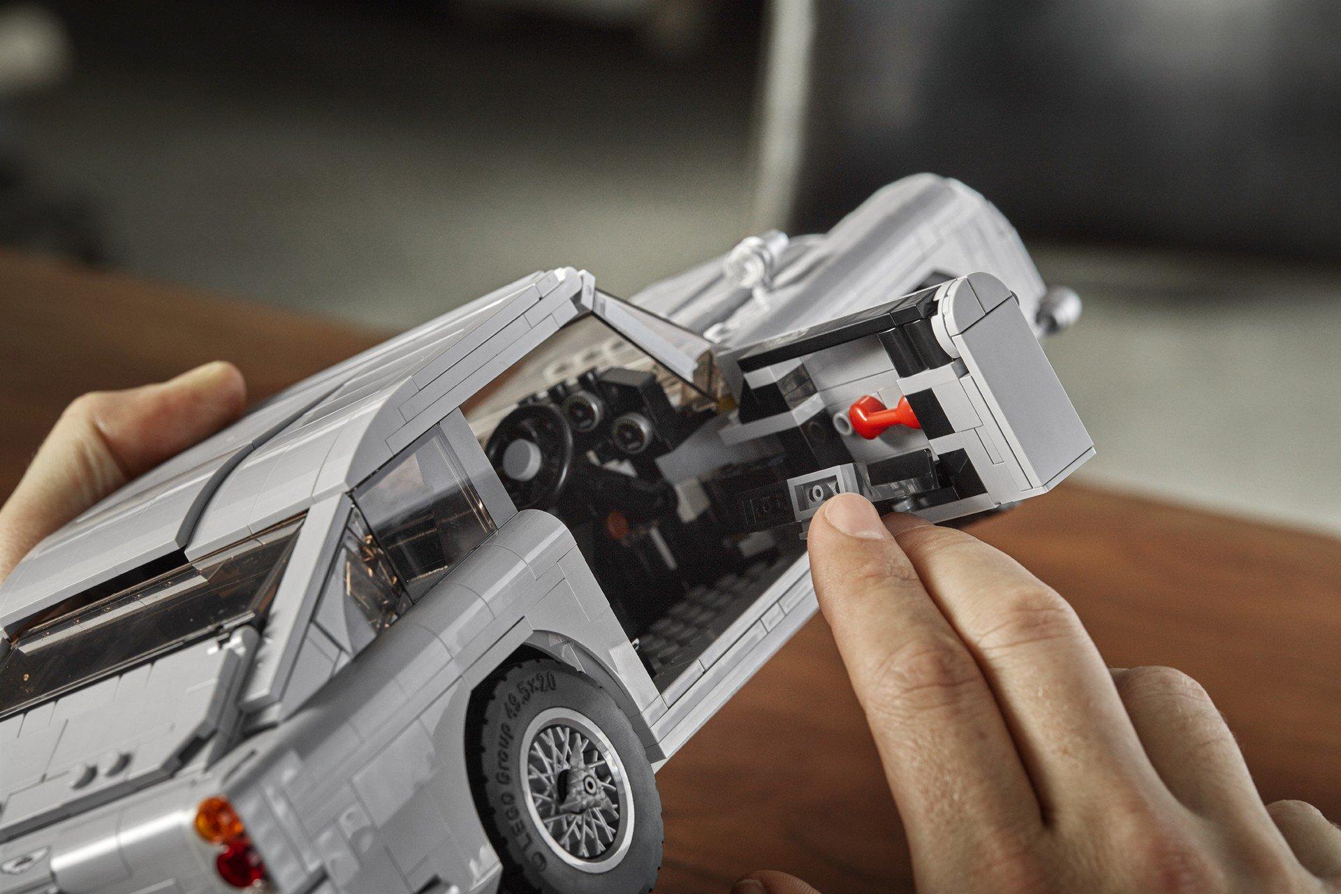 Lego Aston Martin DB5 (8)