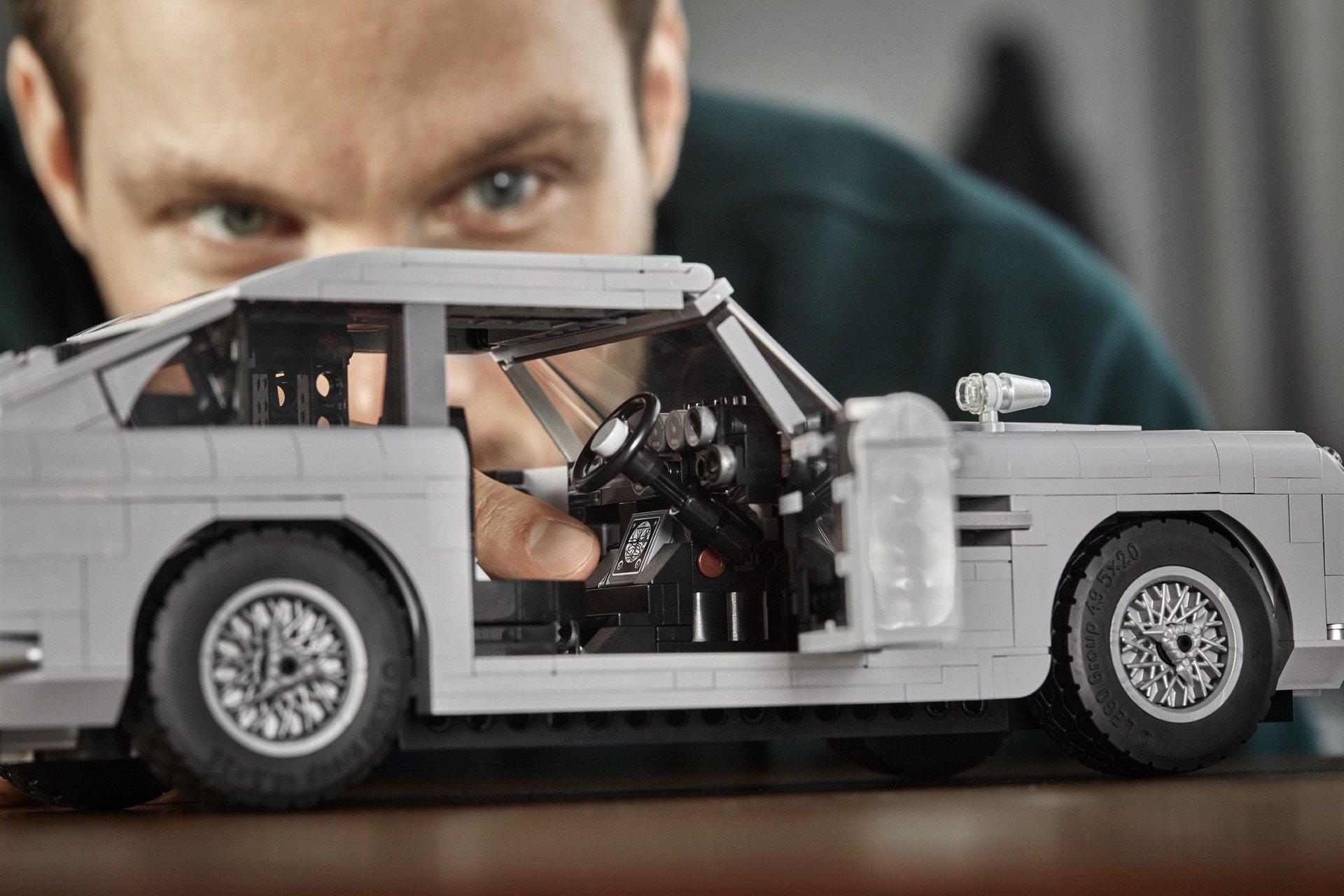 Lego Aston Martin DB5 (9)