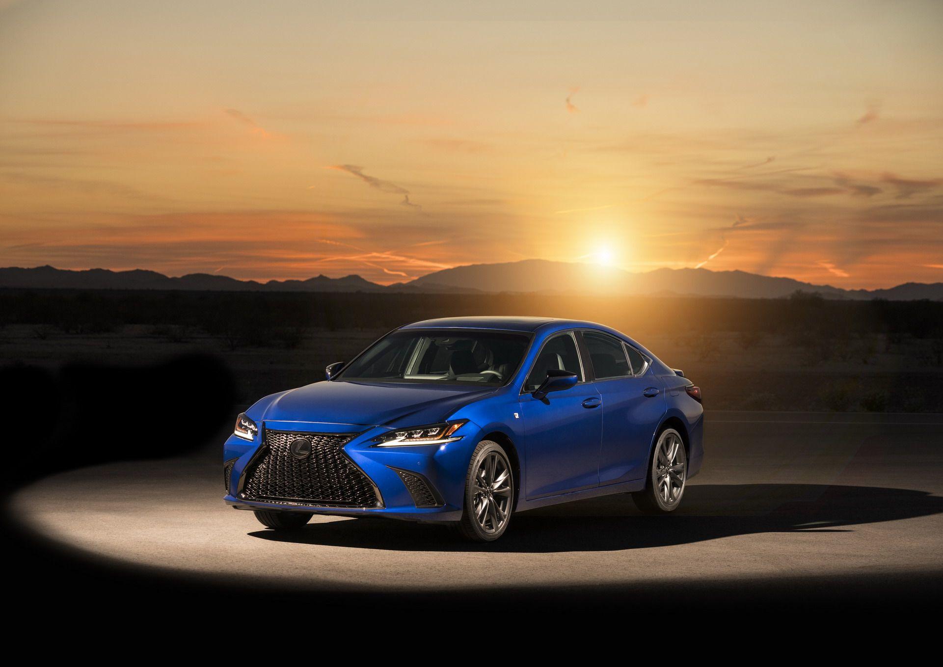 2019-Lexus-ES-12