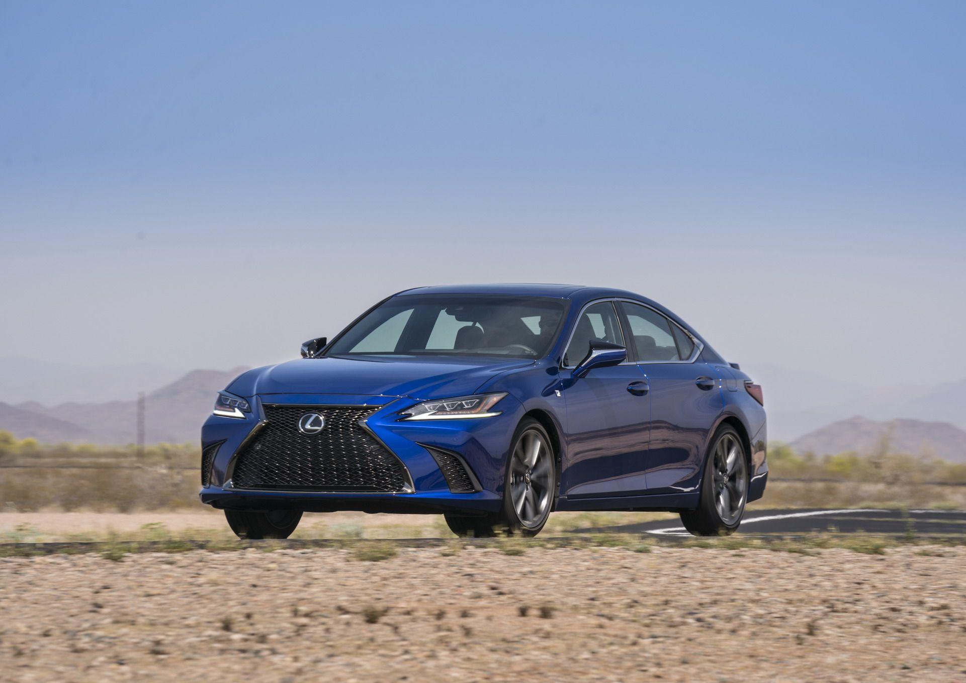 2019-Lexus-ES-3-1