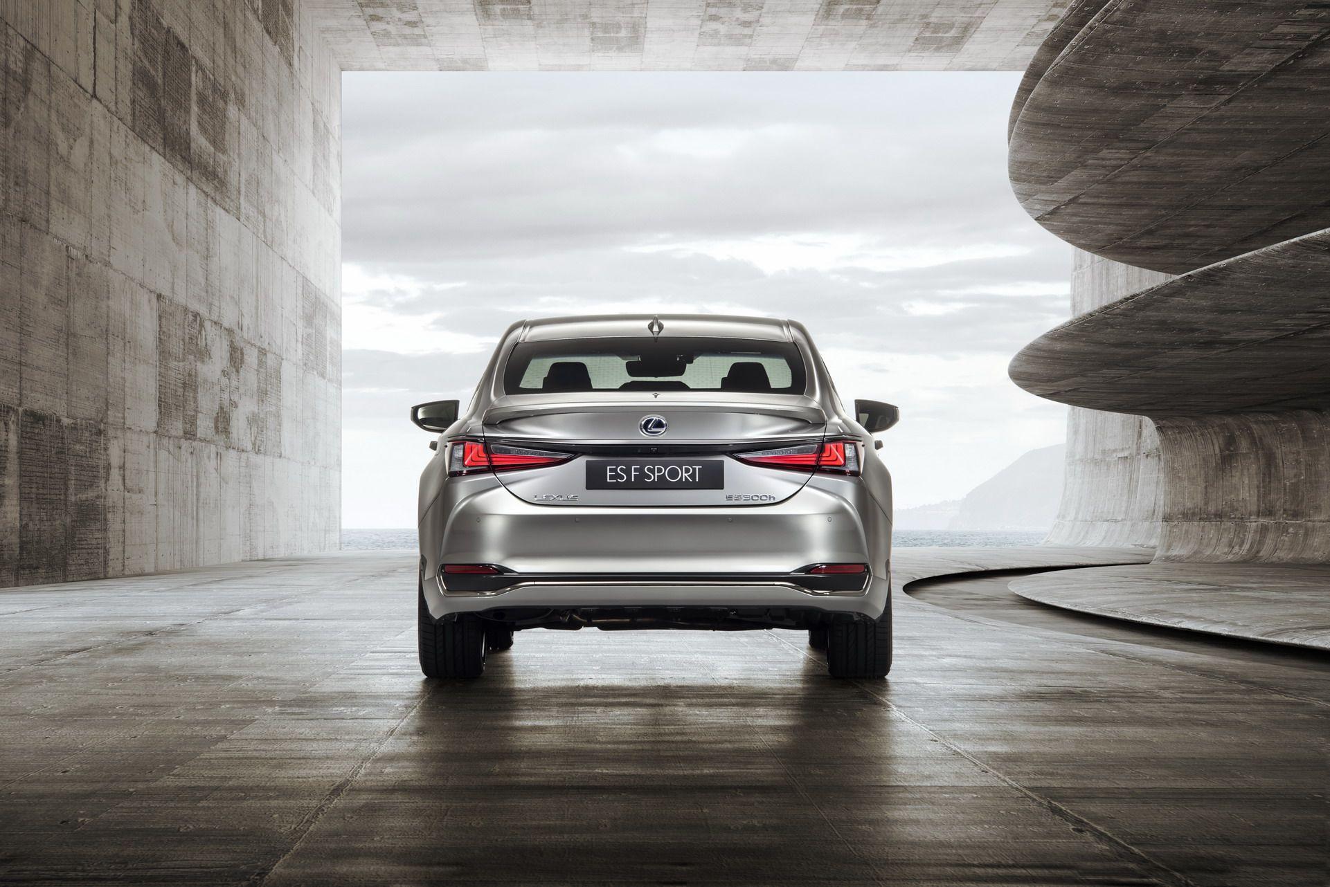 2019-Lexus-ES-EU25