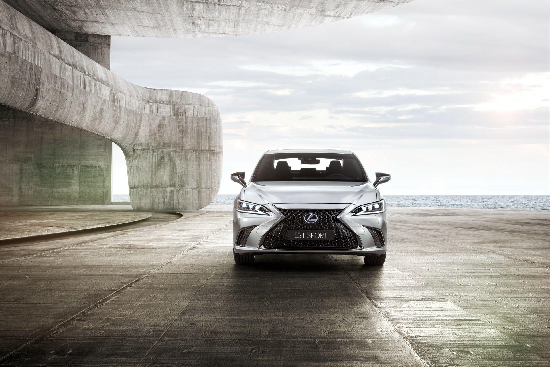 2019-Lexus-ES-EU3