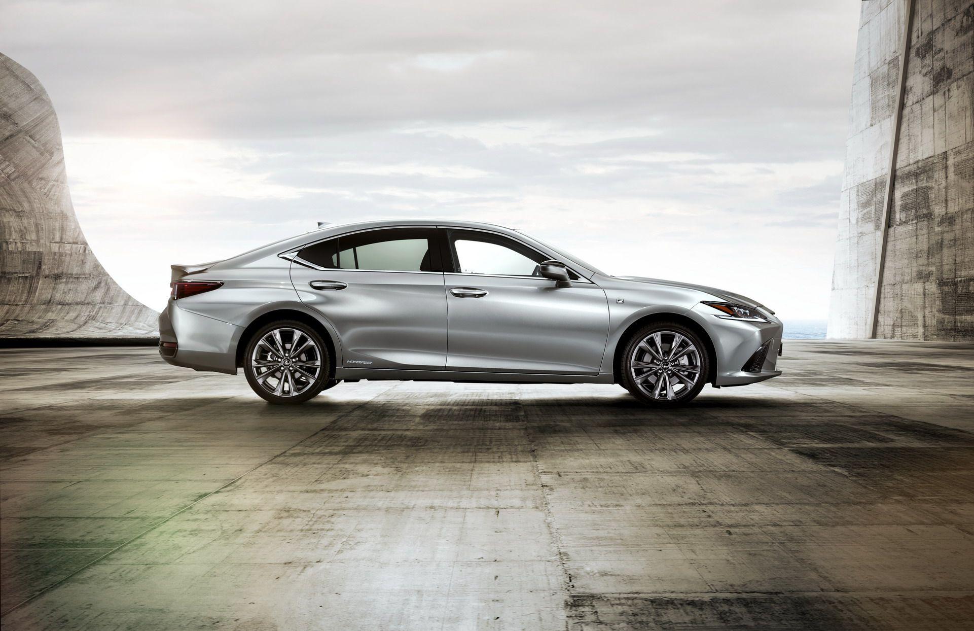 2019-Lexus-ES-EU4
