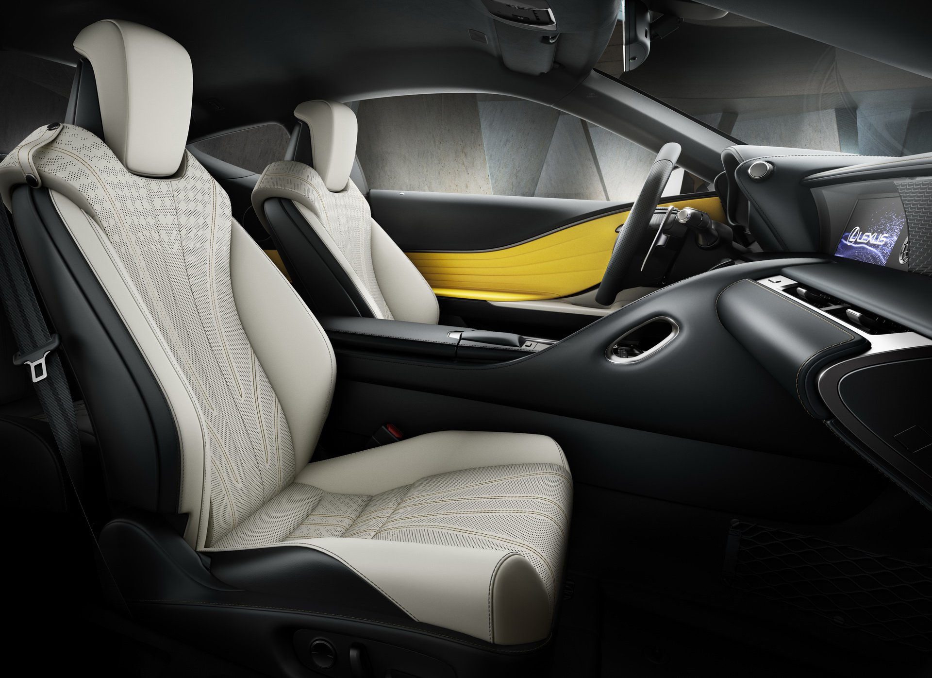 2018_Lexus_LC_Yellow_Edition_05